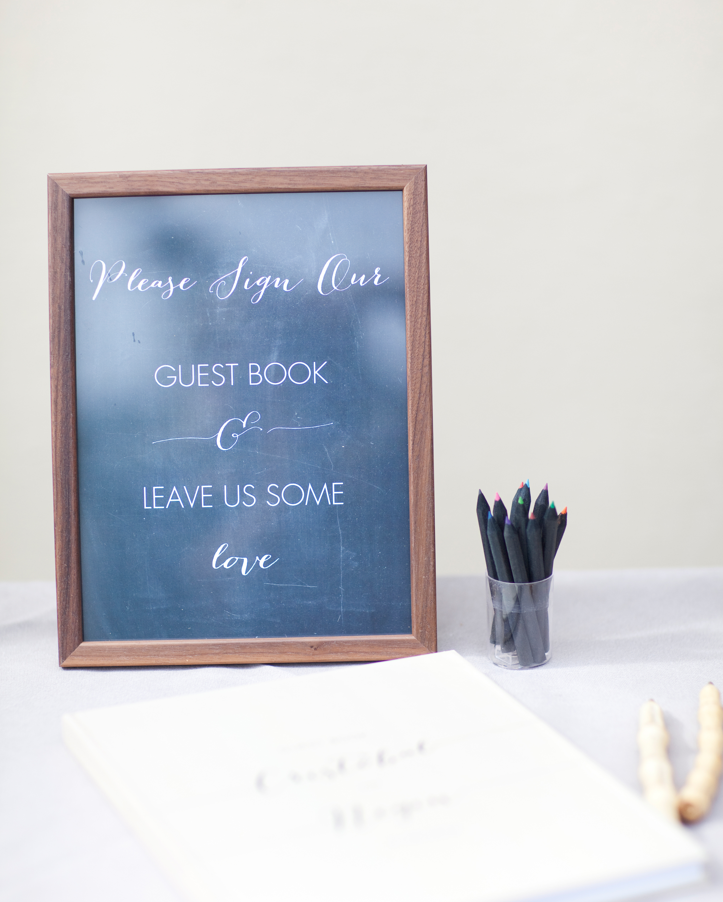 negin-chris-wedding-guestbook-0443-s112116-0815.jpg