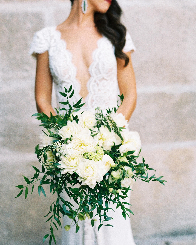 jeannette taylor wedding portugal bouquet