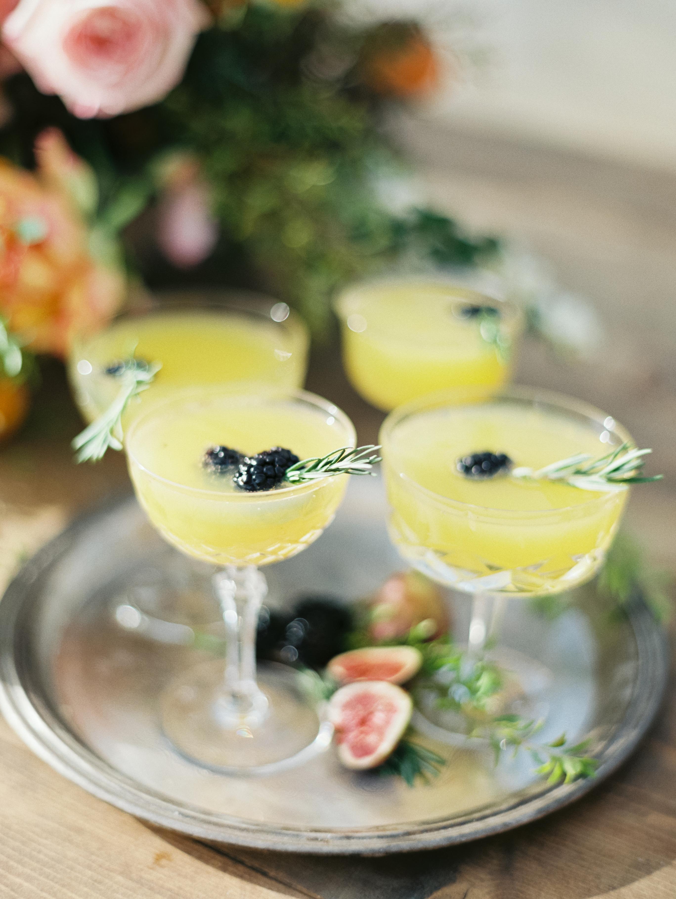 yellow wedding ideas luna de mare