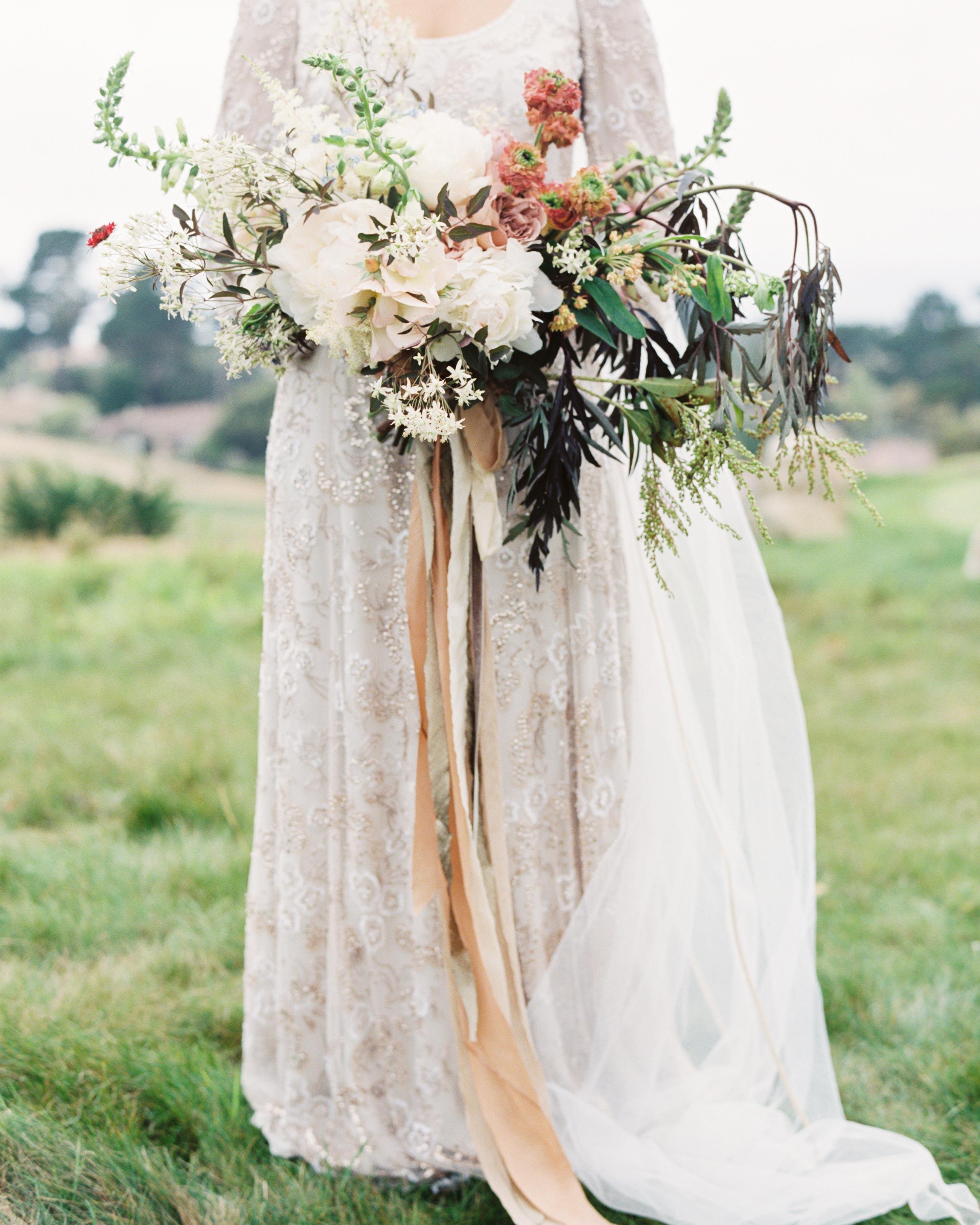 ginny-andrew-wedding-bouquet-0427-s112676-0216.jpg