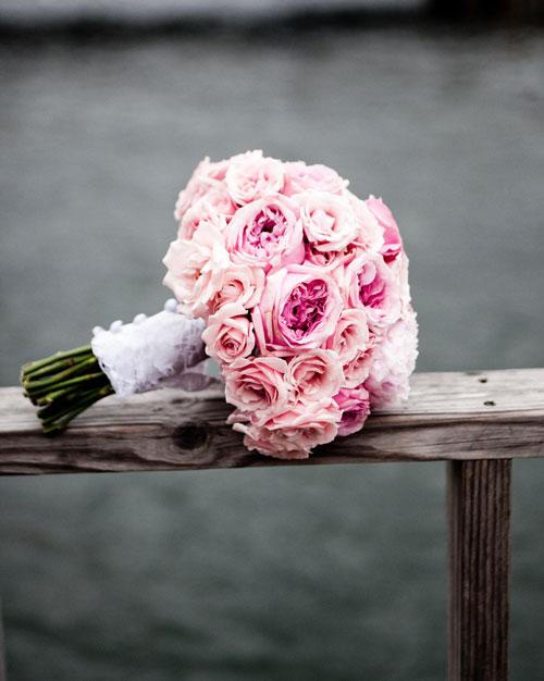 real-wedding-rose-gary-0411-bouquet.jpg