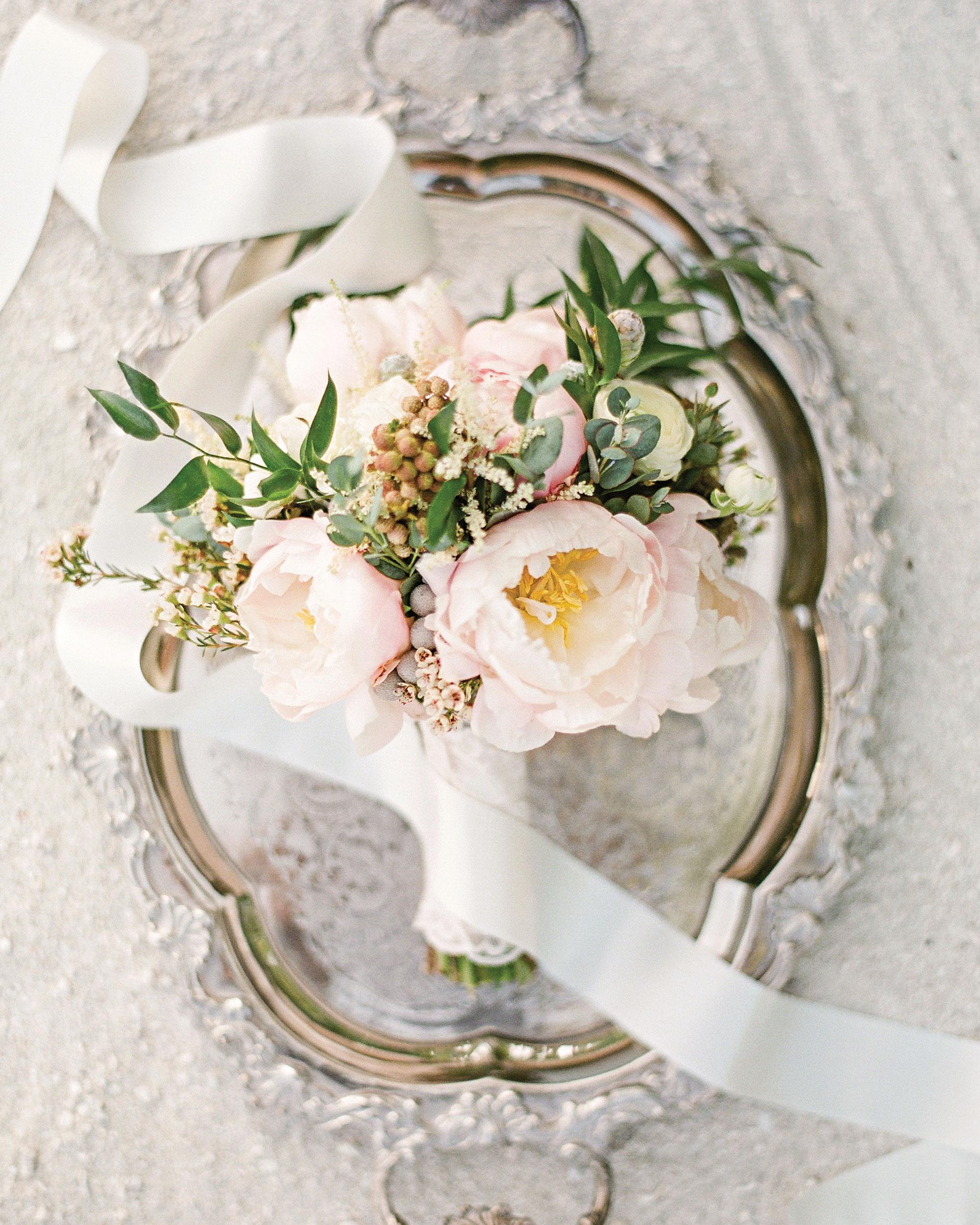 peony-richard-wedding-maldives-bouquet-pink-0885-s112383.jpg
