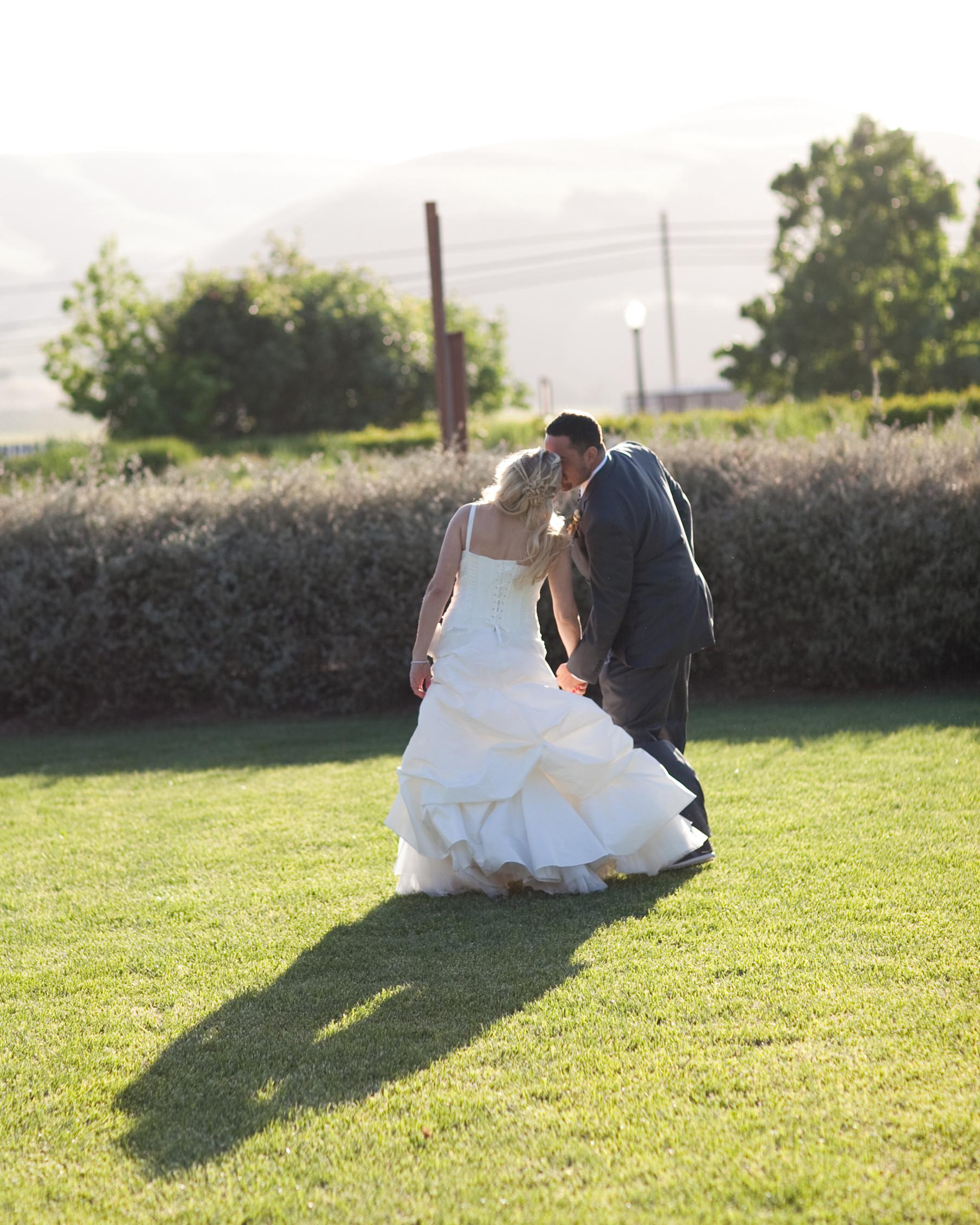 real-weddings-jen-ben-0811-466.jpg