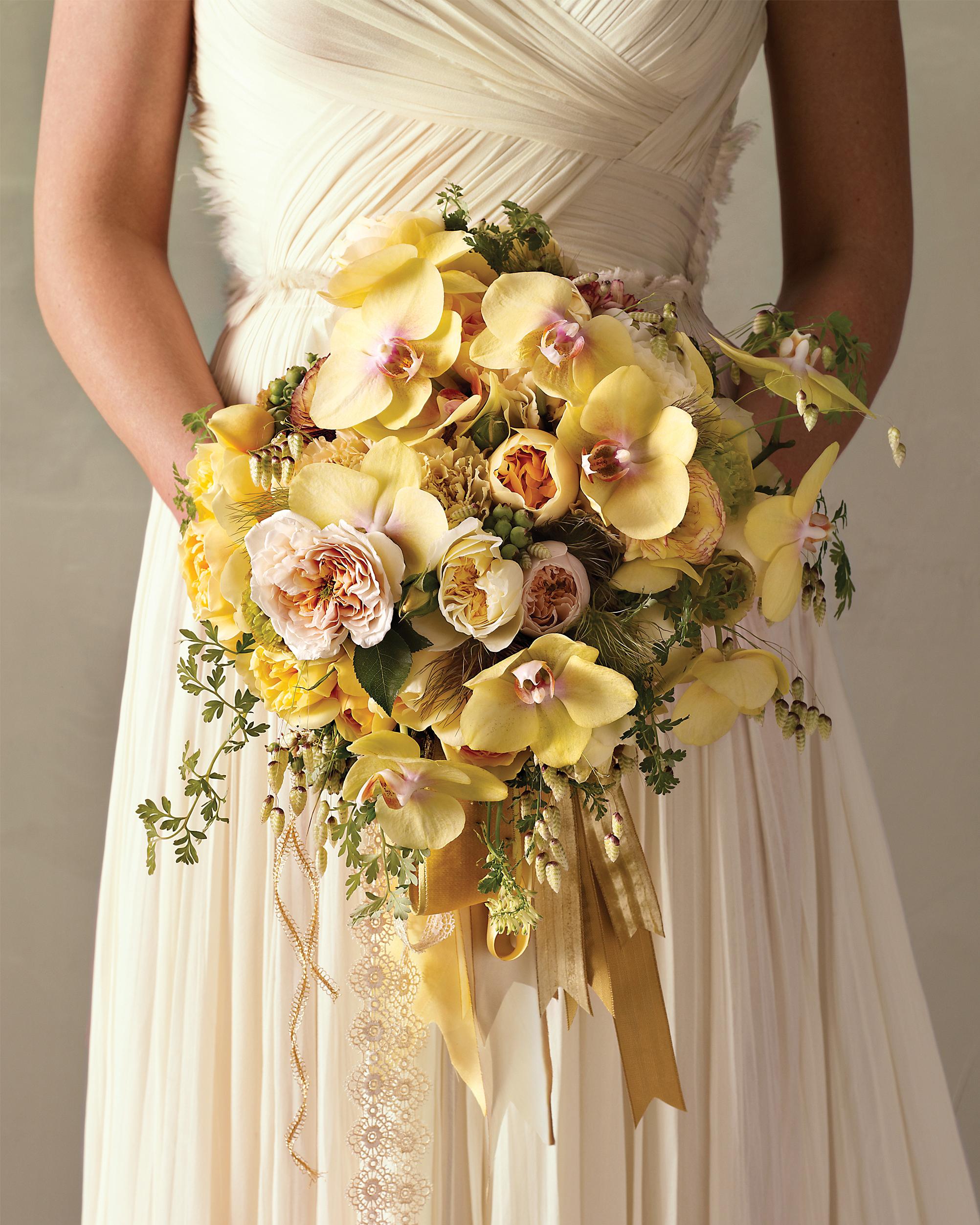bridal-bouquet-0811mwd107479.jpg