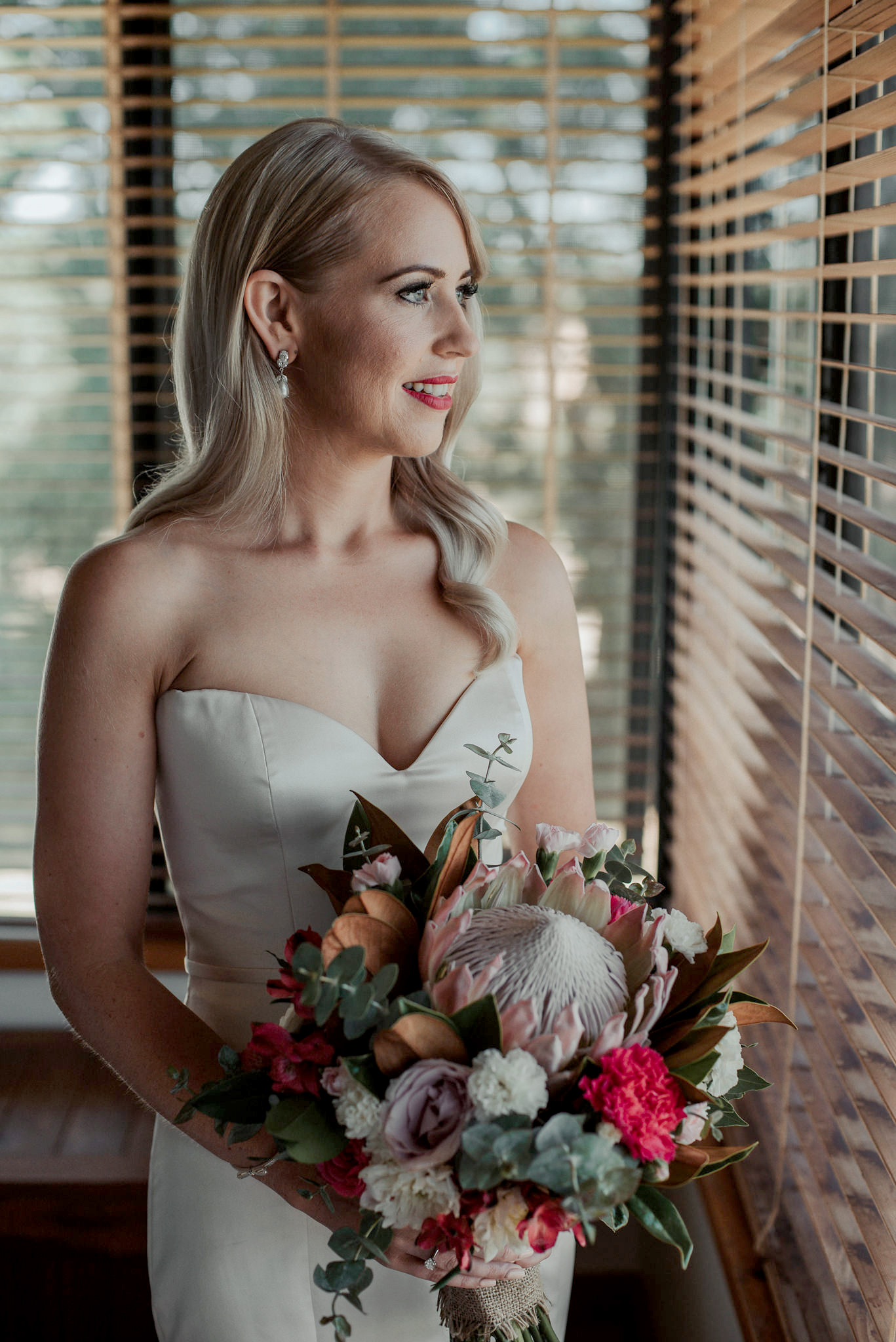 carnation wedding ideas shannon stent