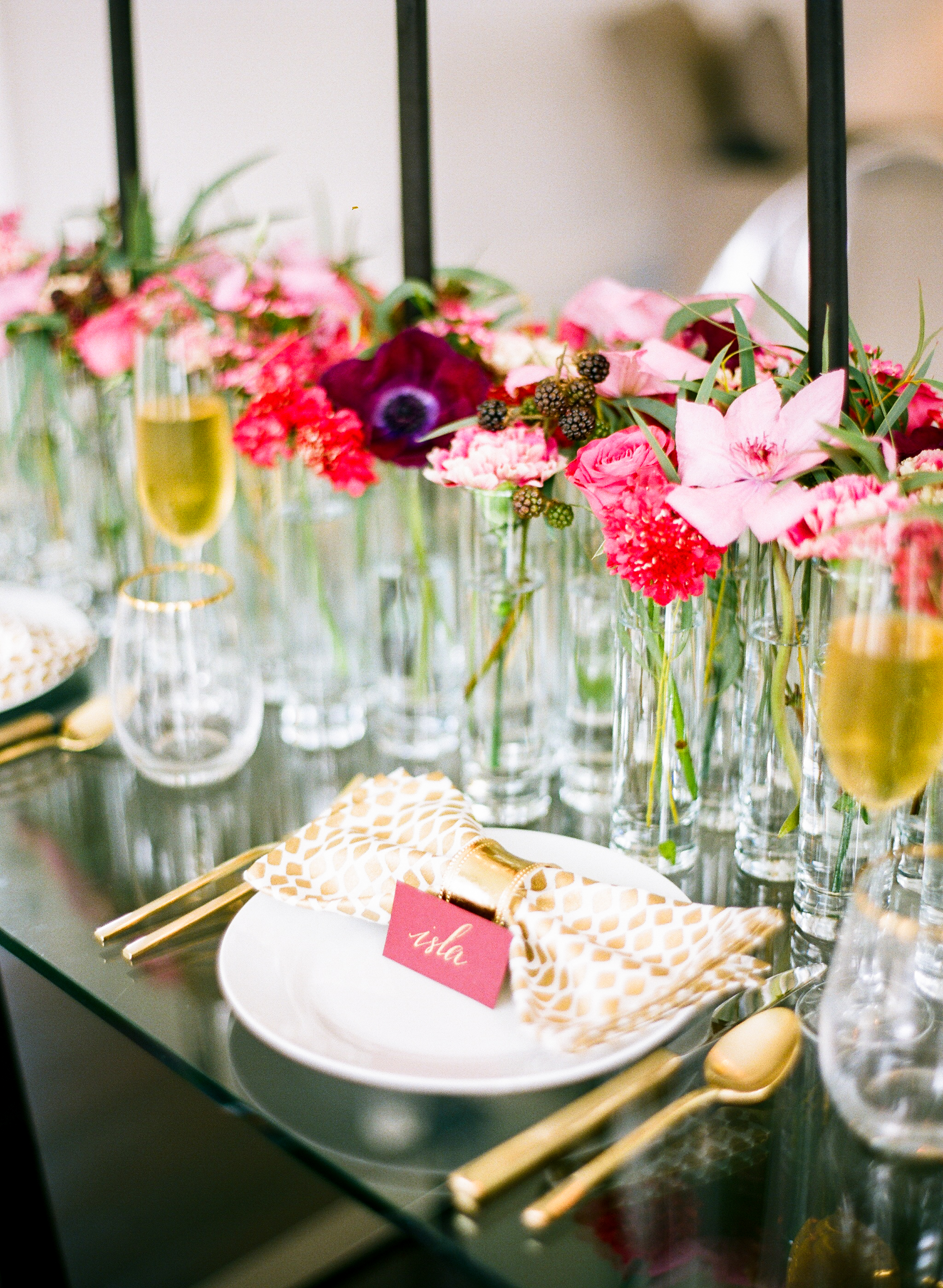 wedding centerpieces with berries