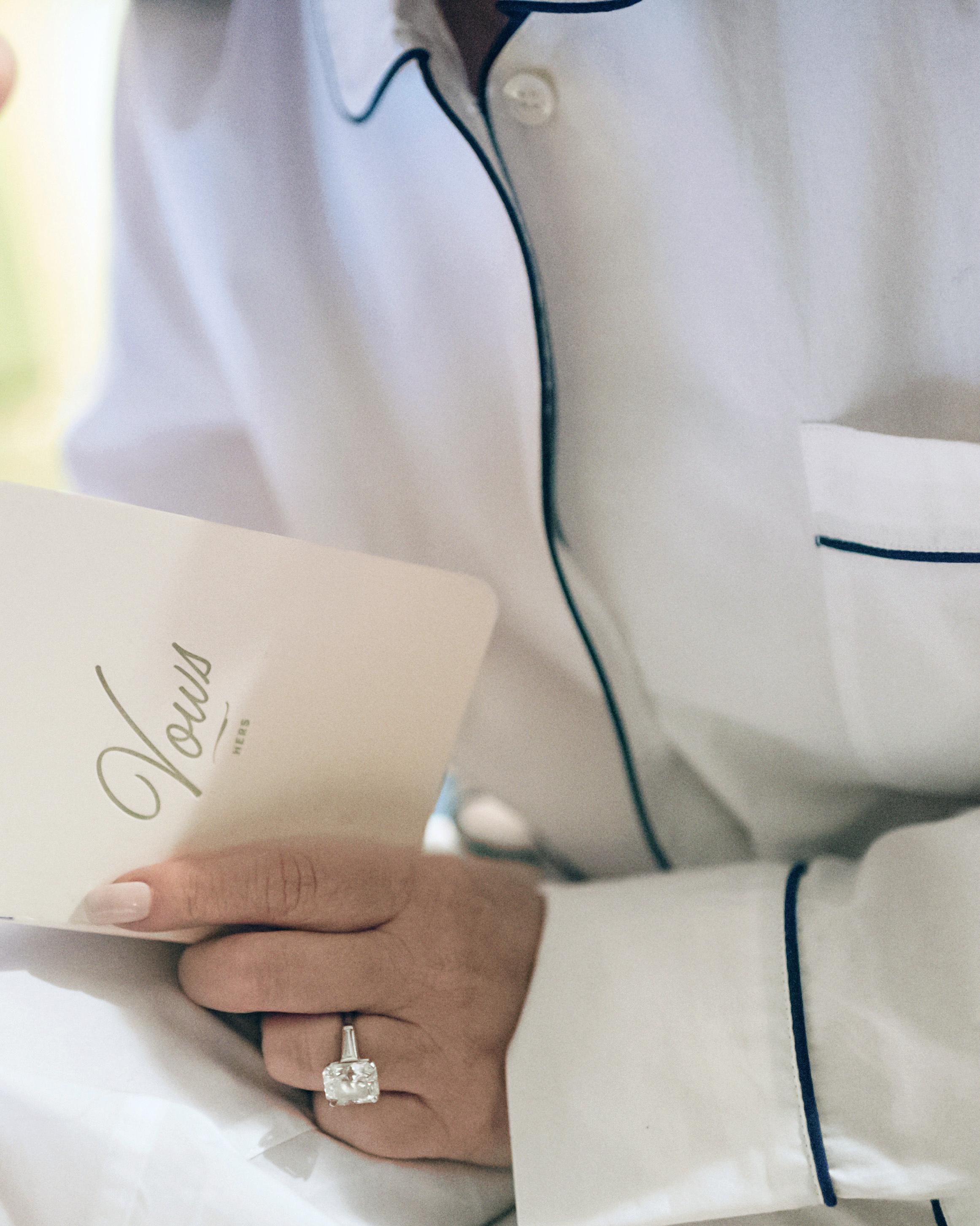 lori-jan-wedding-vows-00468-s112305-1215.jpg