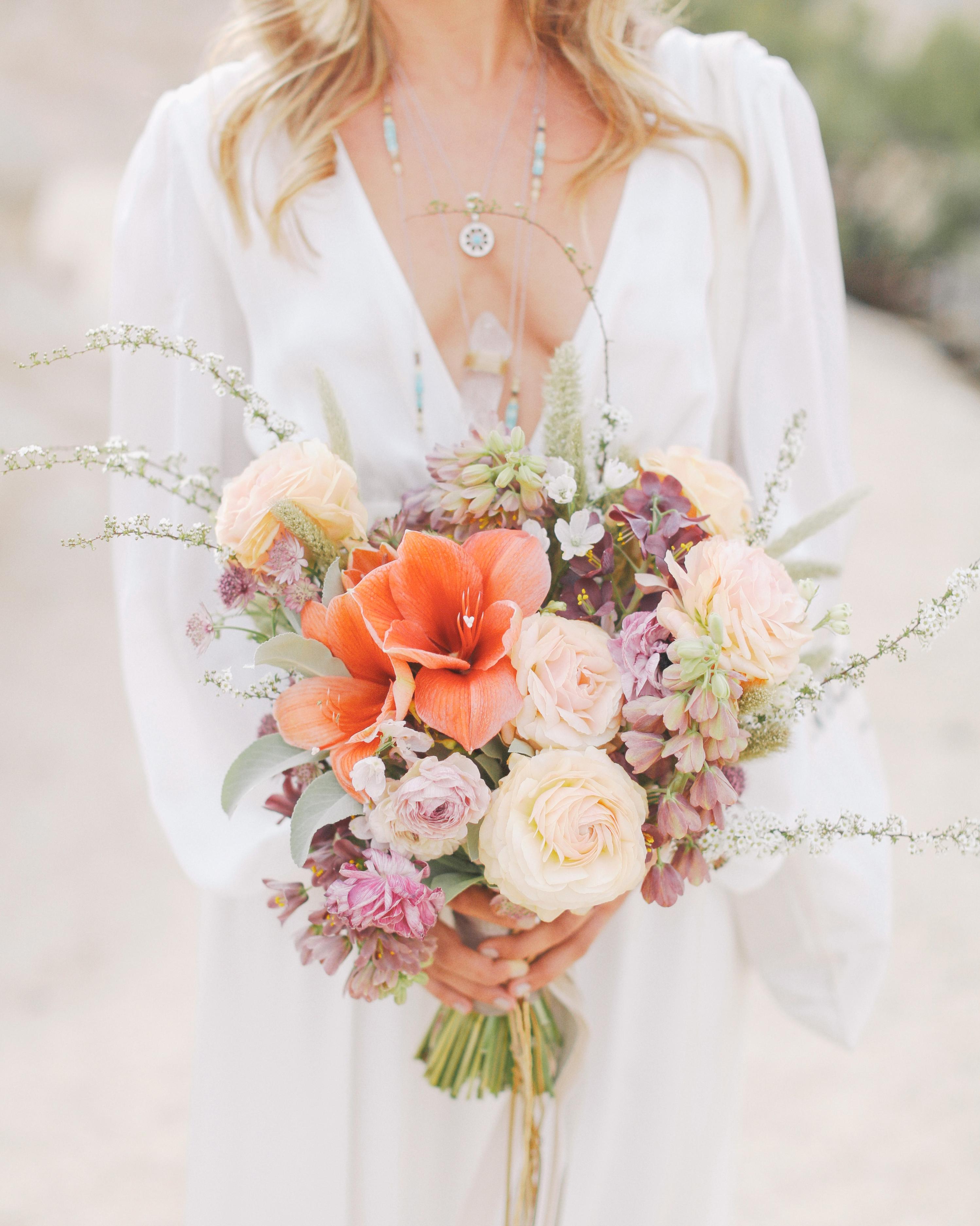 christen-billy-wedding-bouquet-011-s111597-1014.jpg