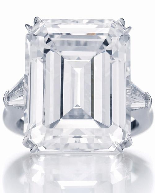 winston_harry_winston_classic_emerald_cut_ring_1.jpg