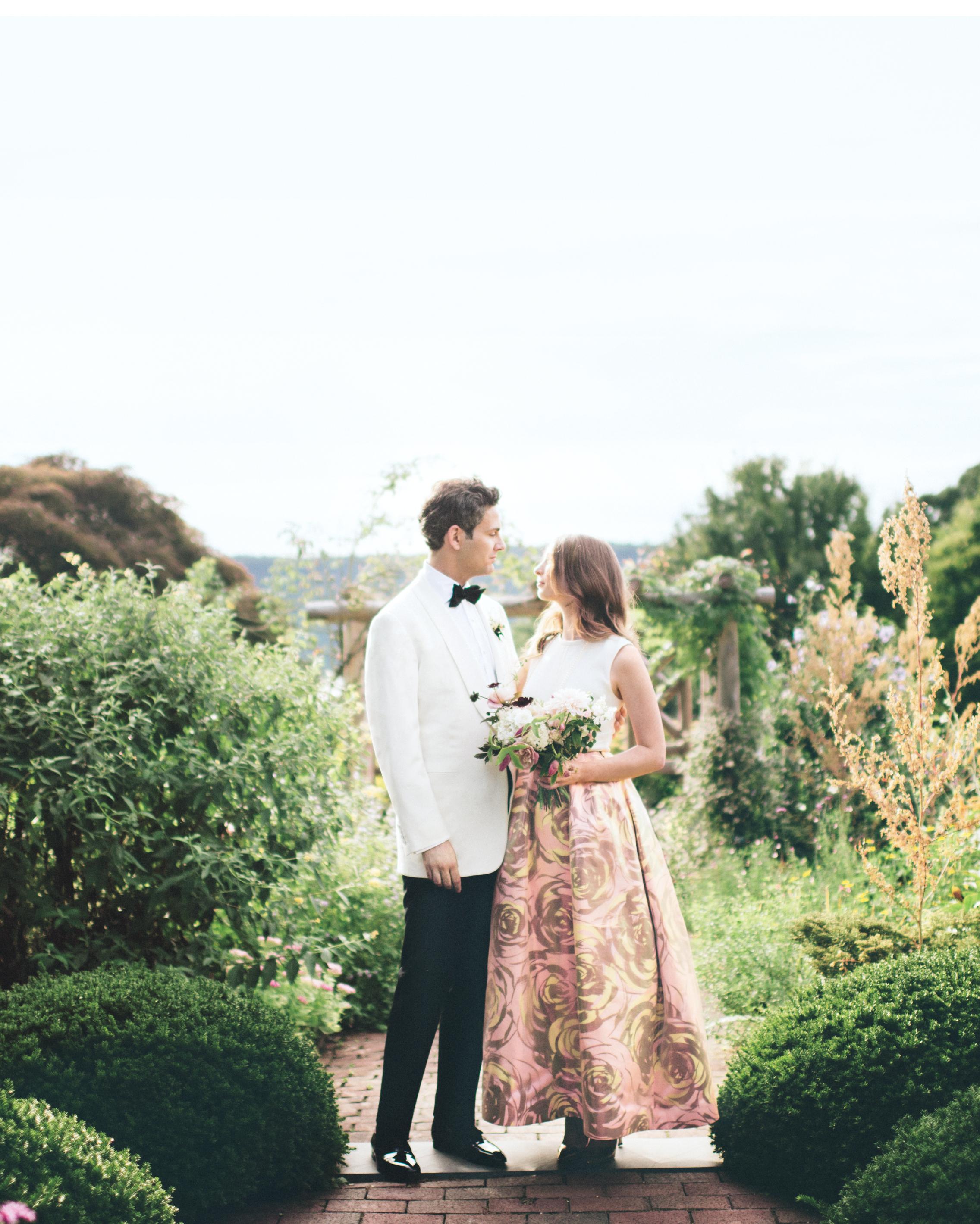bride-groom-emily-marco-296-mwds110872.jpg