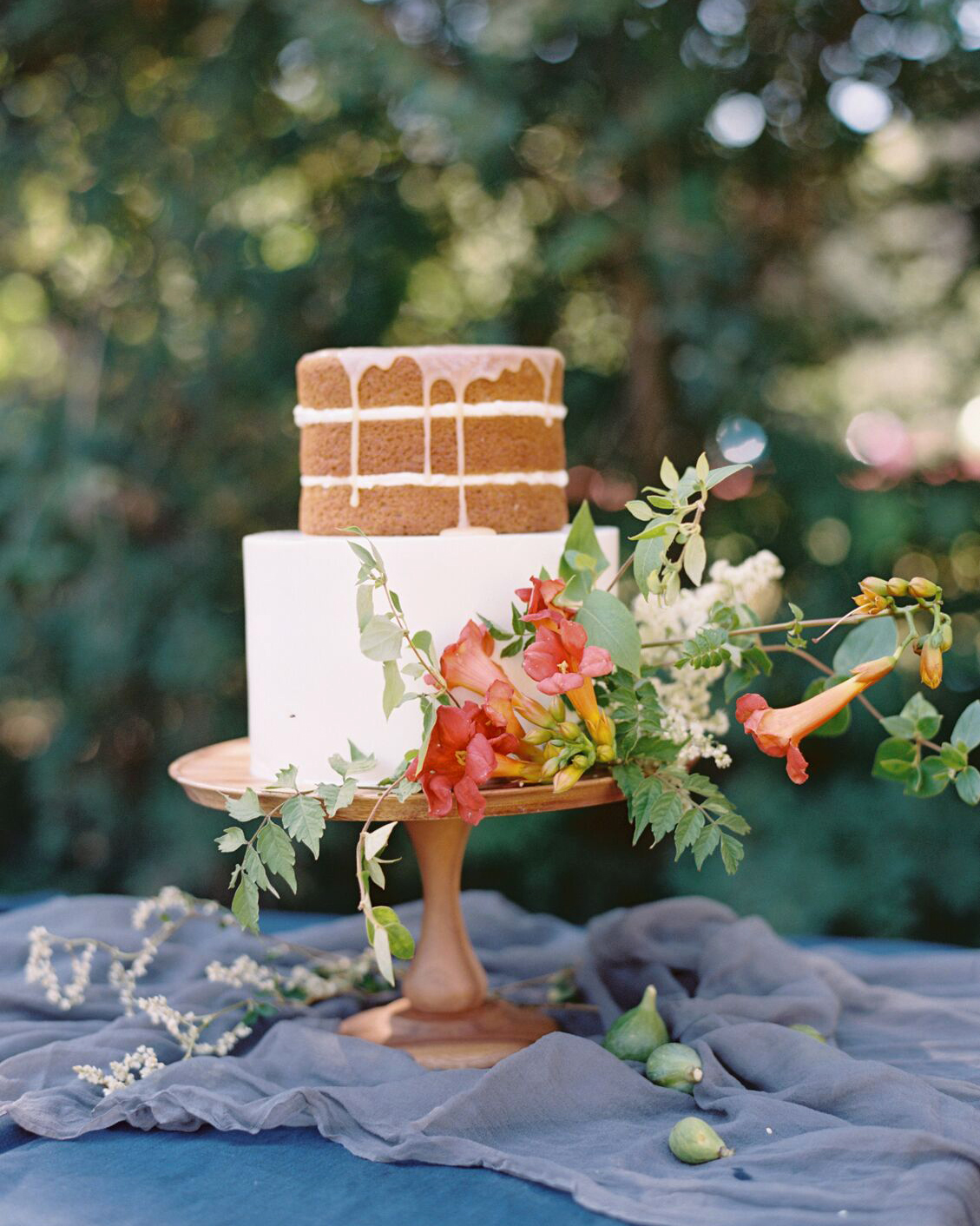 naked wedding cakes half frosted