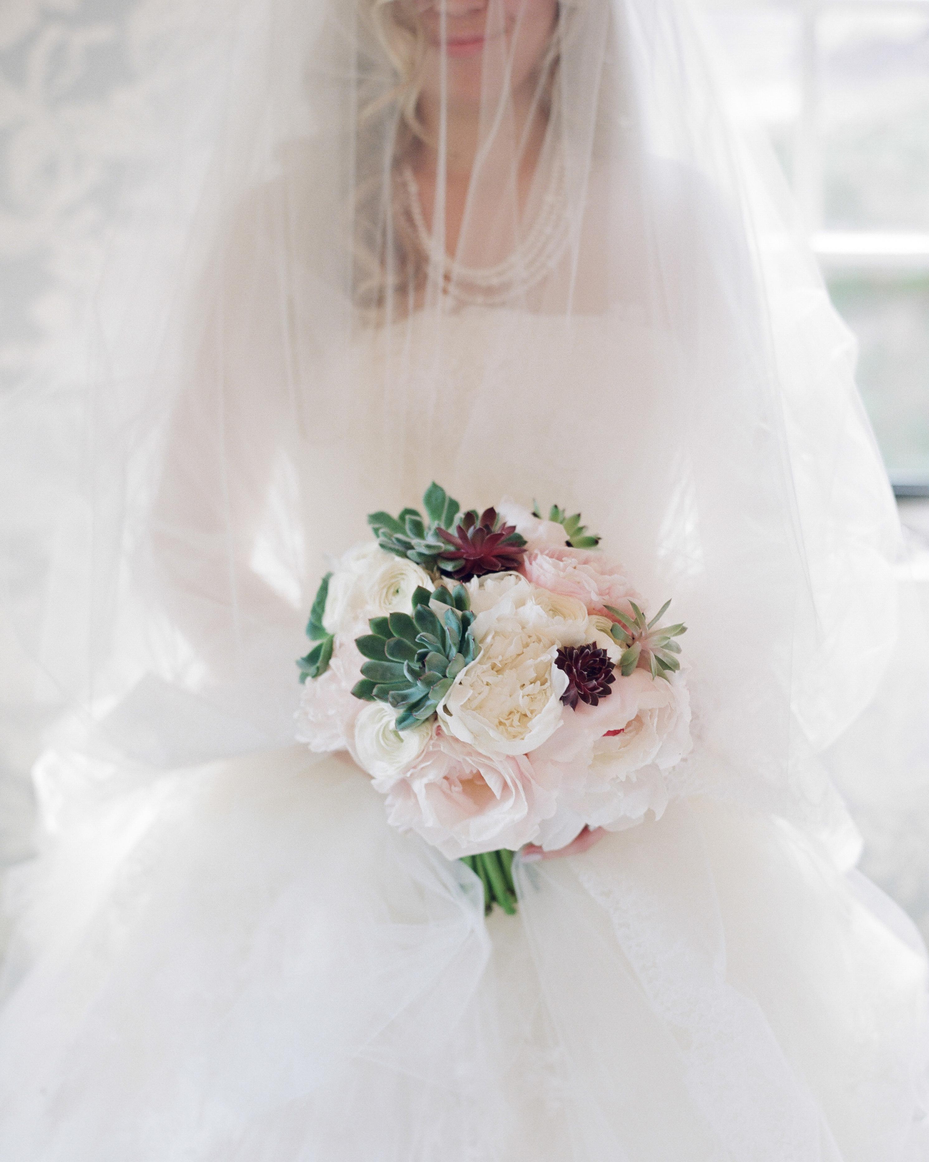 brittany-jeff-wedding-bouquet-258-s111415-0714.jpg