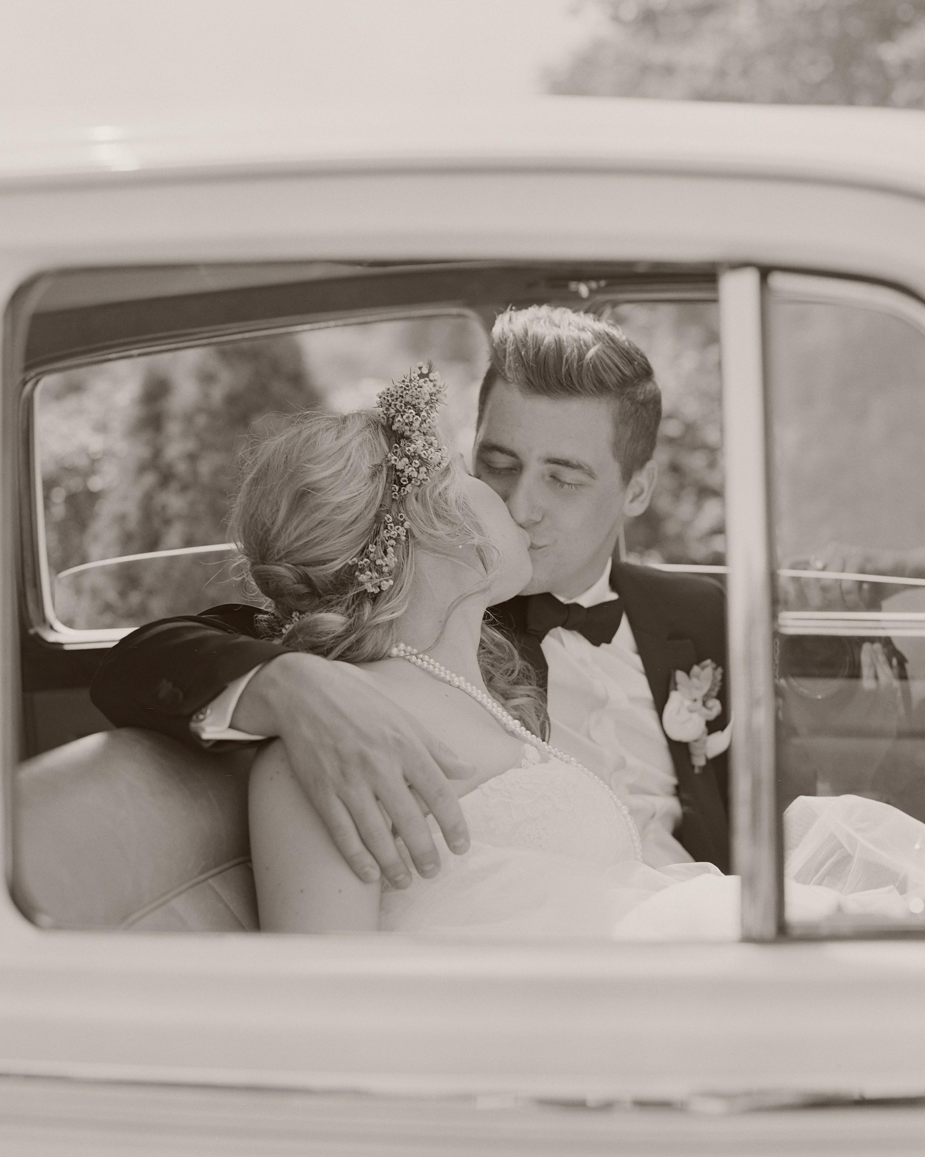 brittany-jeff-wedding-kiss-020-s111415-0714.jpg
