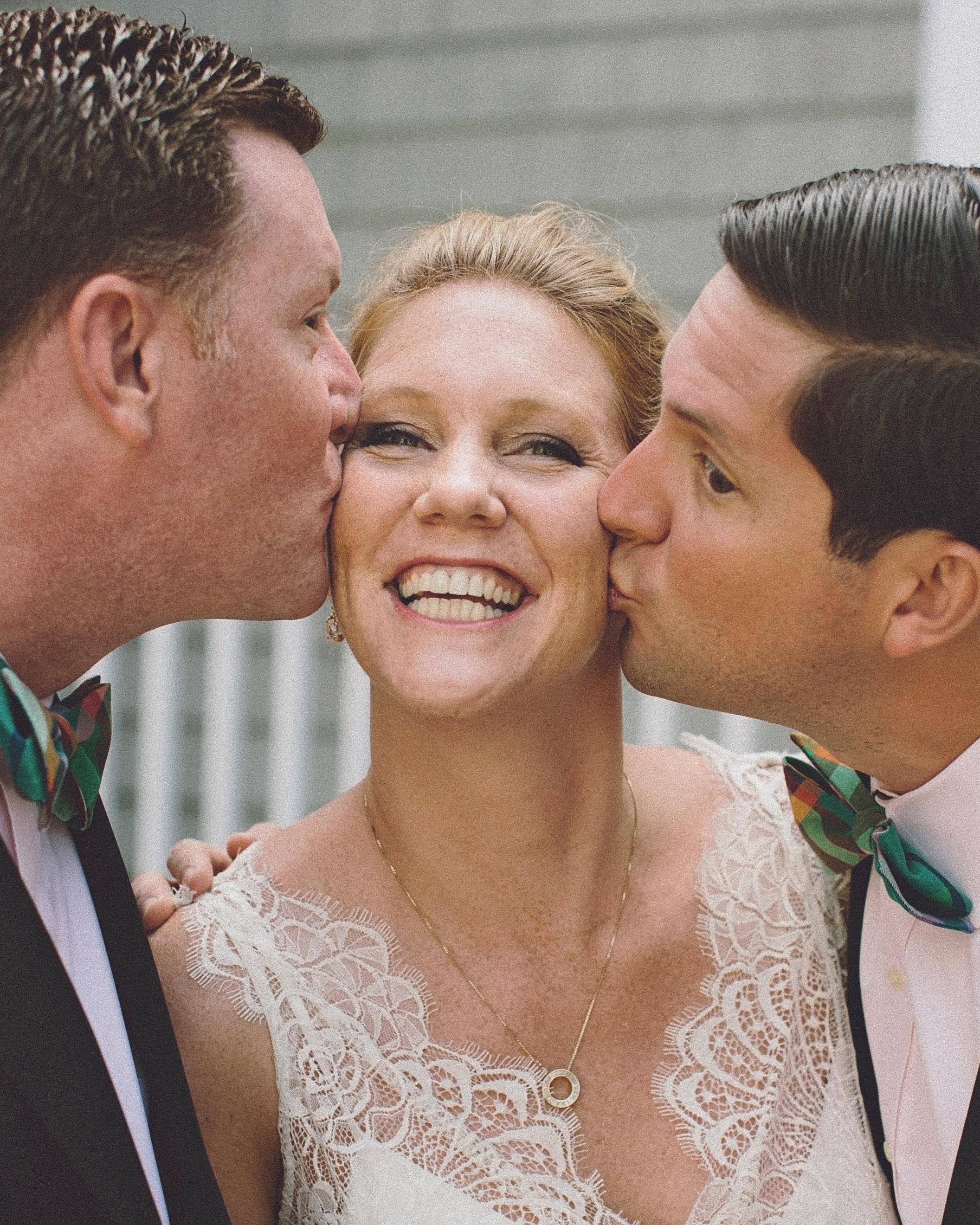 molly-greg-wedding-kiss-00024-s111481-0814.jpg