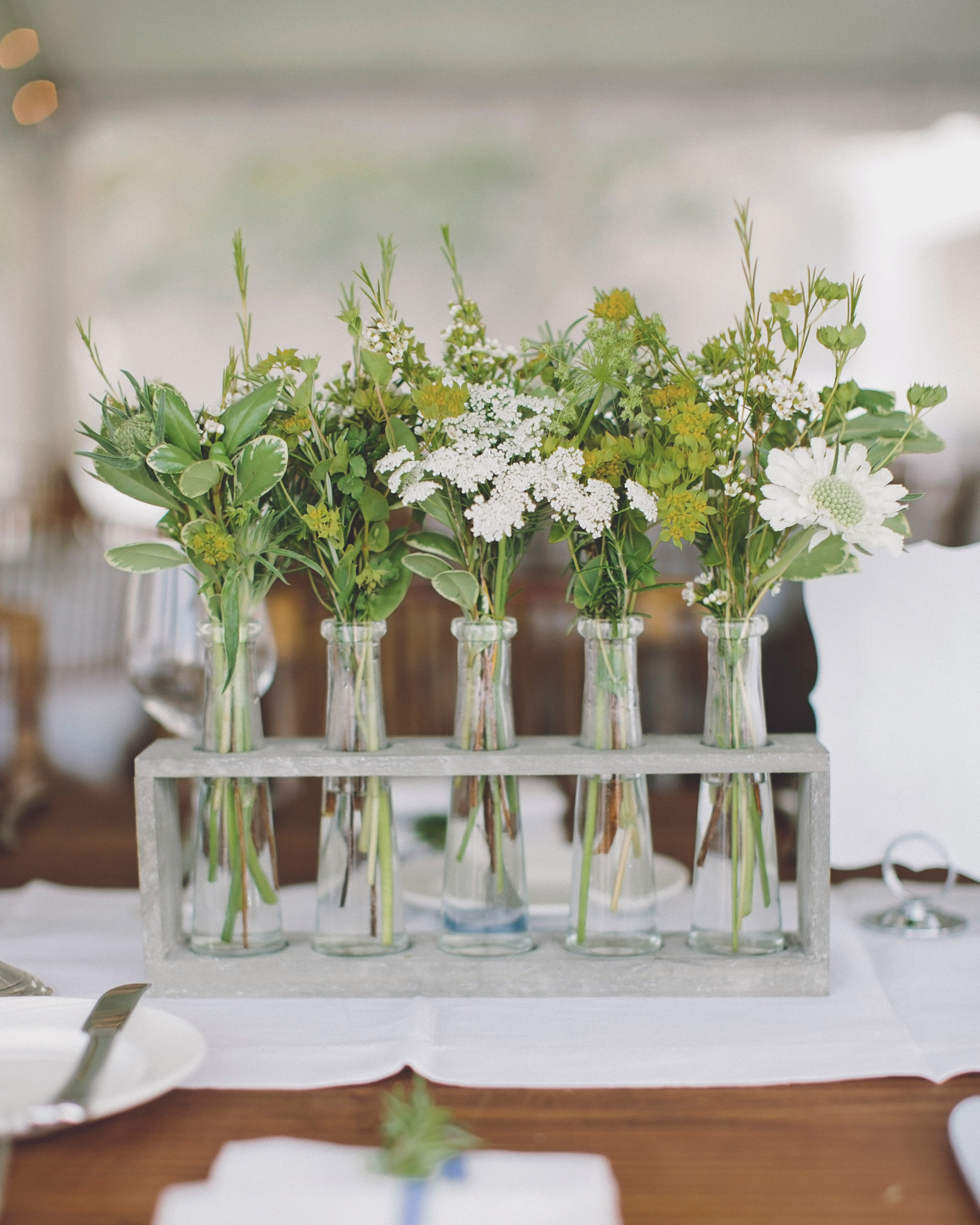 molly-greg-wedding-centerpiece-00033-s111481-0814.jpg