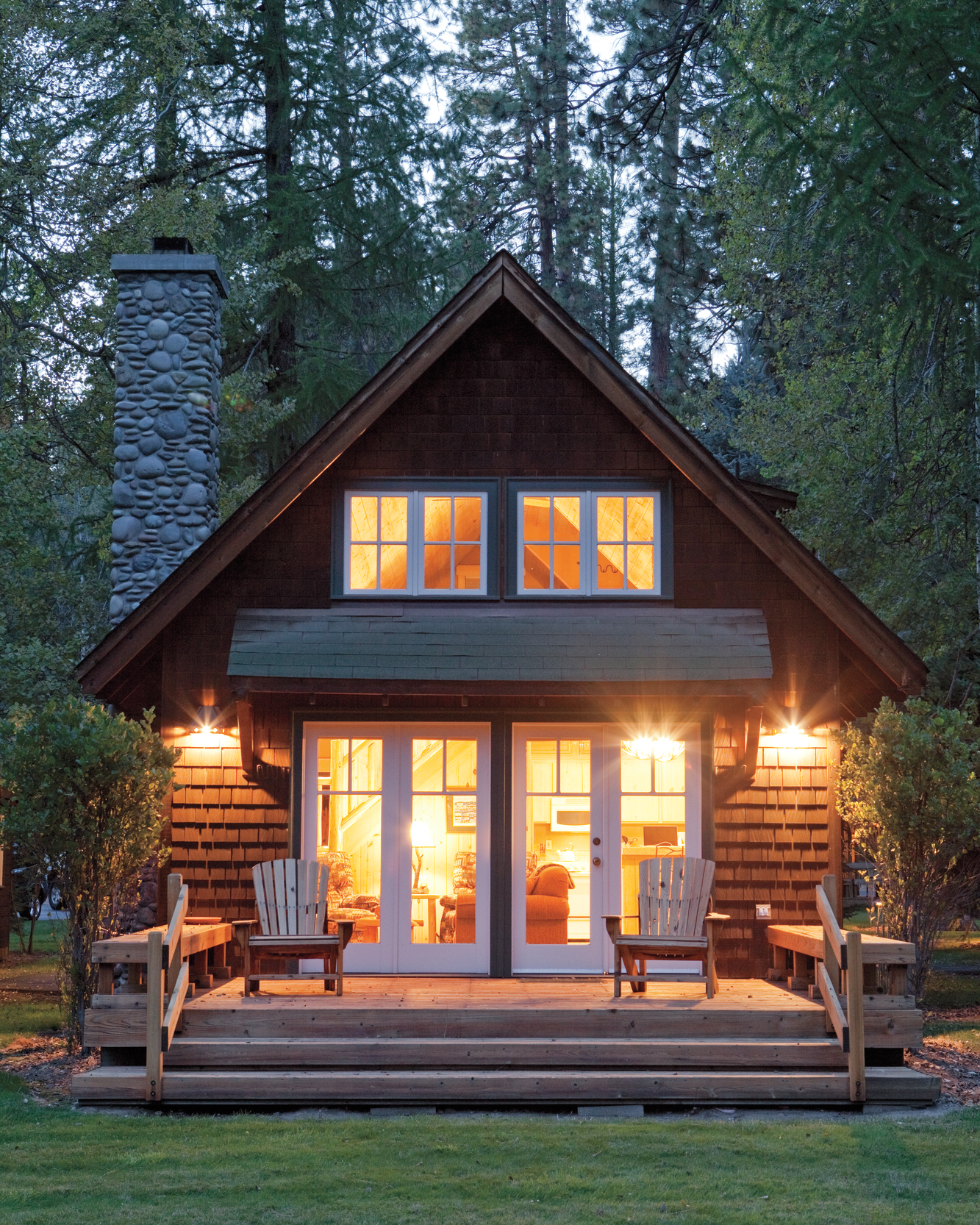 metolius-river-resort-cabin-md108103.jpg