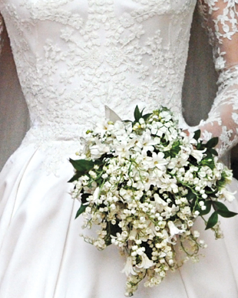 duchess-of-cambridge-bouquet-getty-images-113827-s111388.jpg