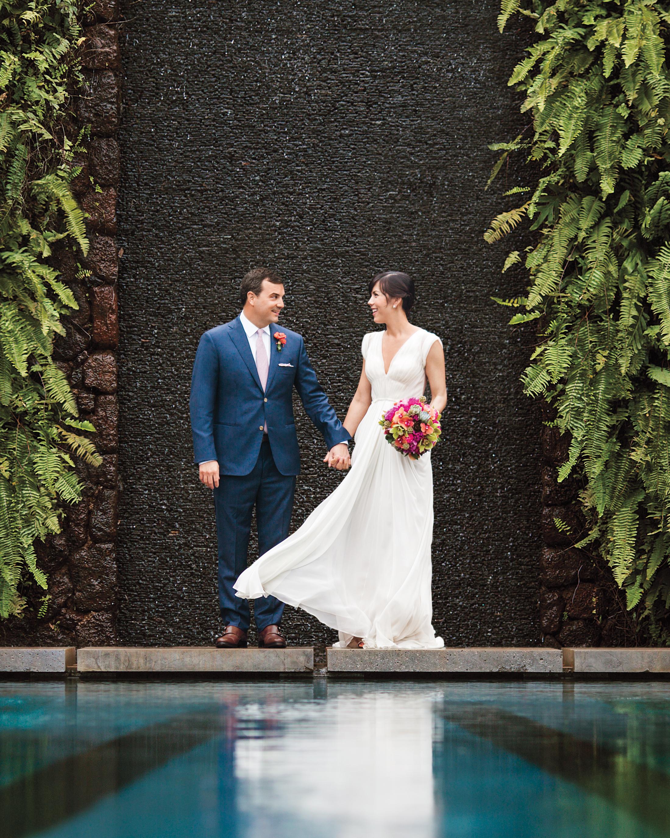 liz-and-michael-bride-groom-3329-ds111296_comp.jpg