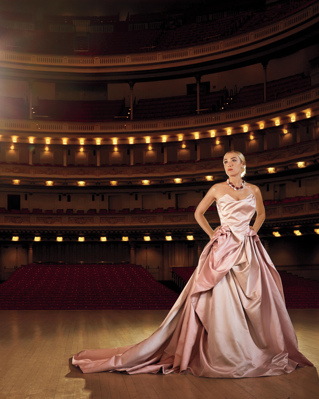 wedding-fashion-opera-1552-d111290.jpg