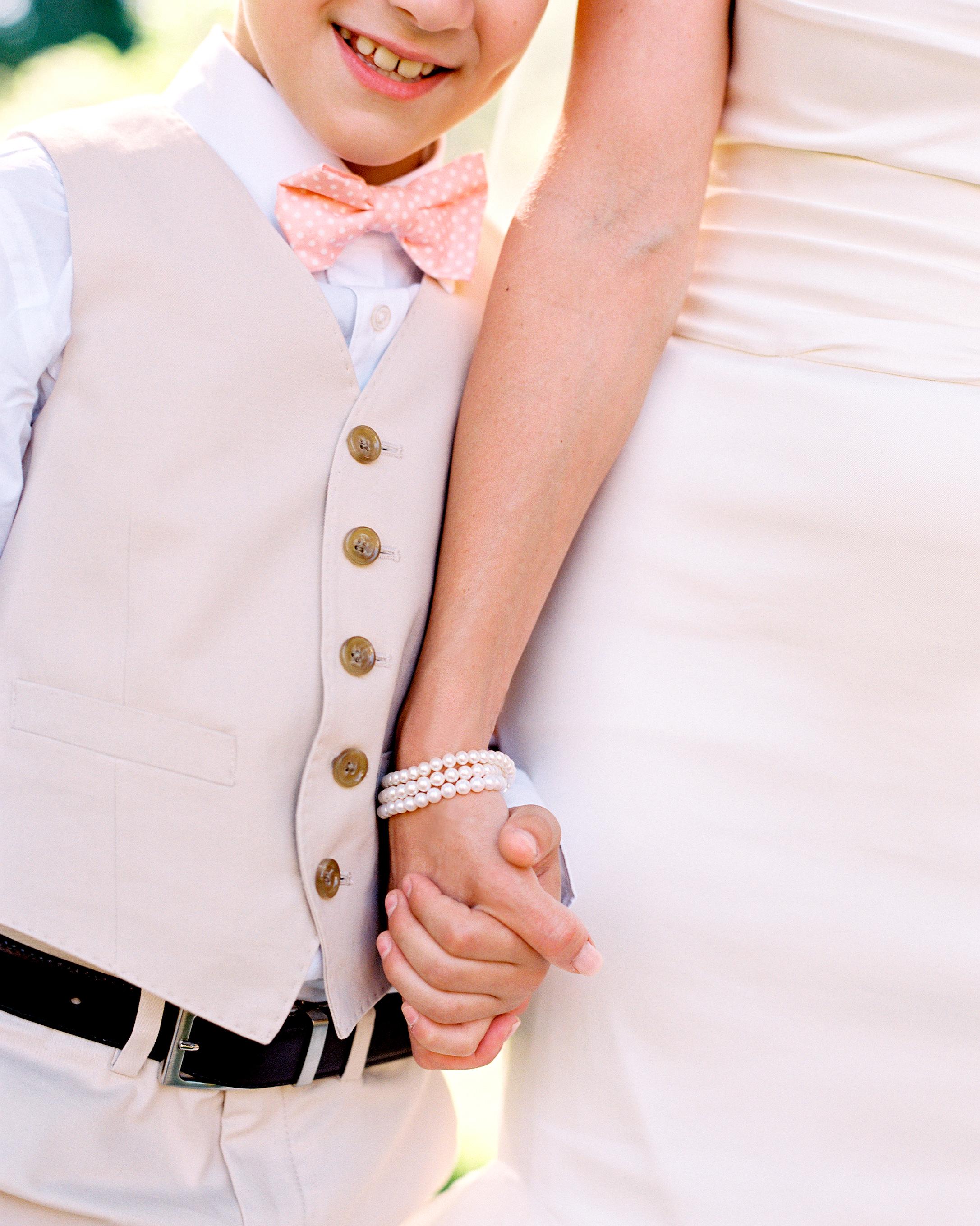 joanna-kyle-real-wedding-008975-r1-015-d111223-0814.jpg