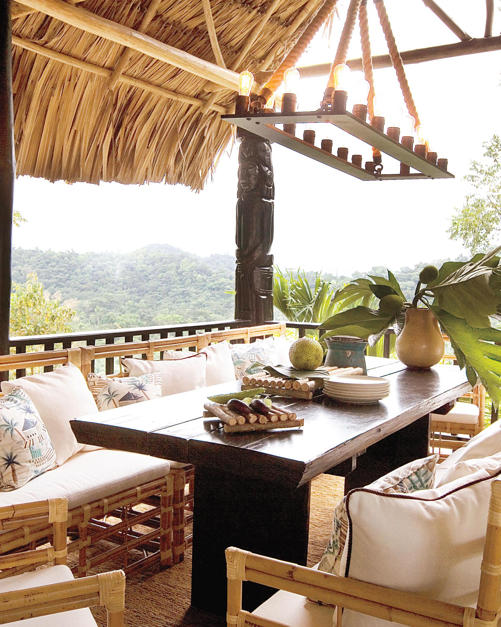 jungle-dining-photo-6-s111603.jpg
