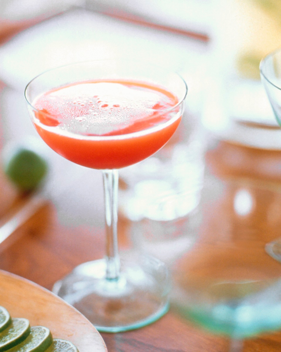 winter-cocktails-blood-orange-champagne-1214.jpg