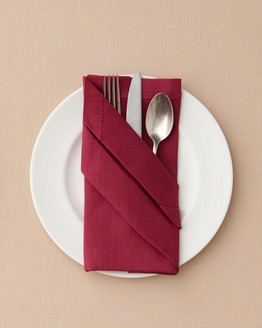 napkin-fold-buffet-wd110589-napkins-283.jpg