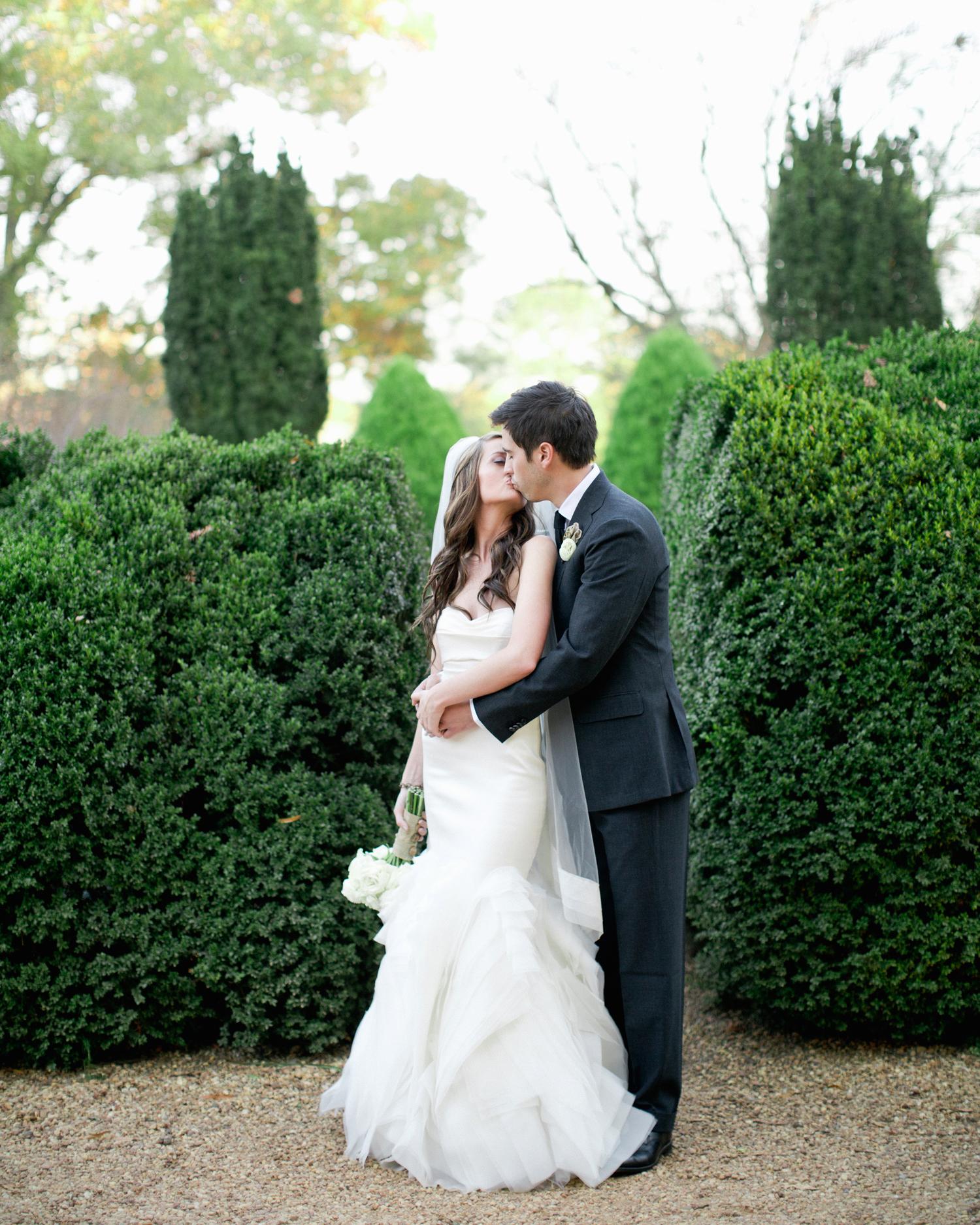 real-weddings-meredith-adam-harl3831.jpg