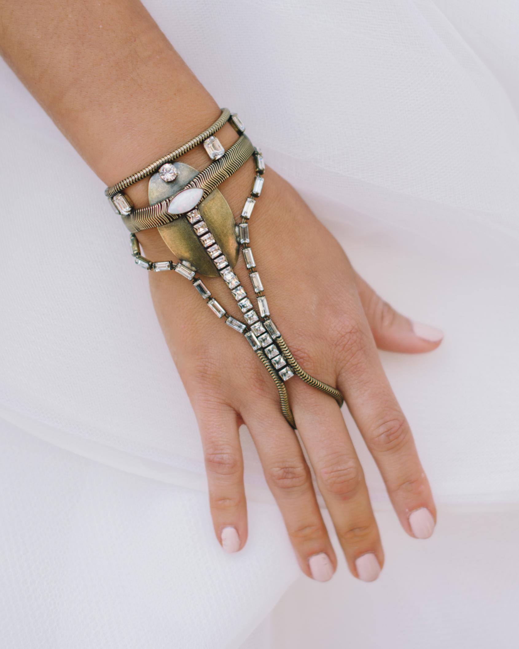 vanessa-joe-wedding-bracelet-7166-s111736-1214.jpg