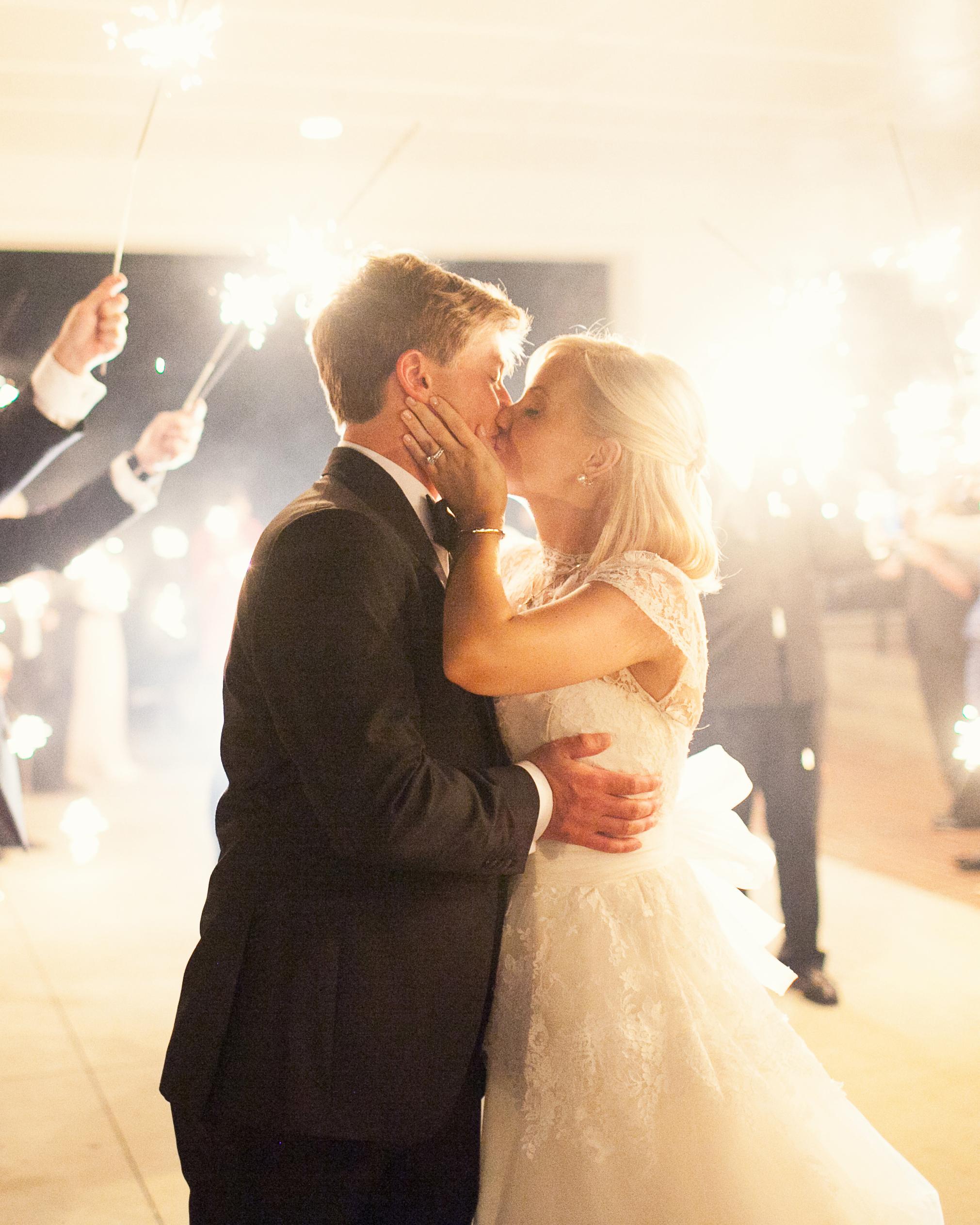 molly-patrick-wedding-sparklers-3798-s111760-0115.jpg