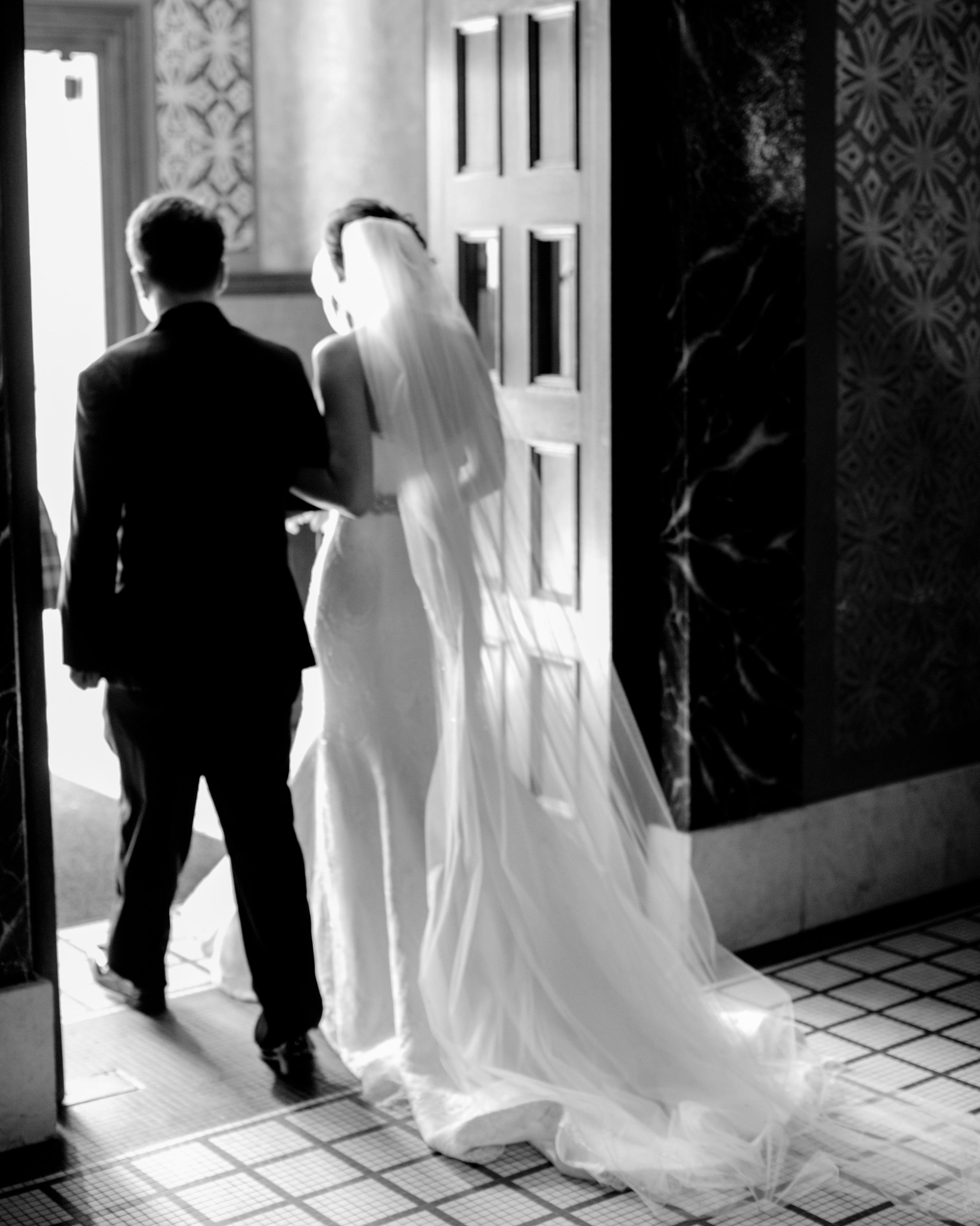 christina-jimmy-wedding-processional-8022.jpg