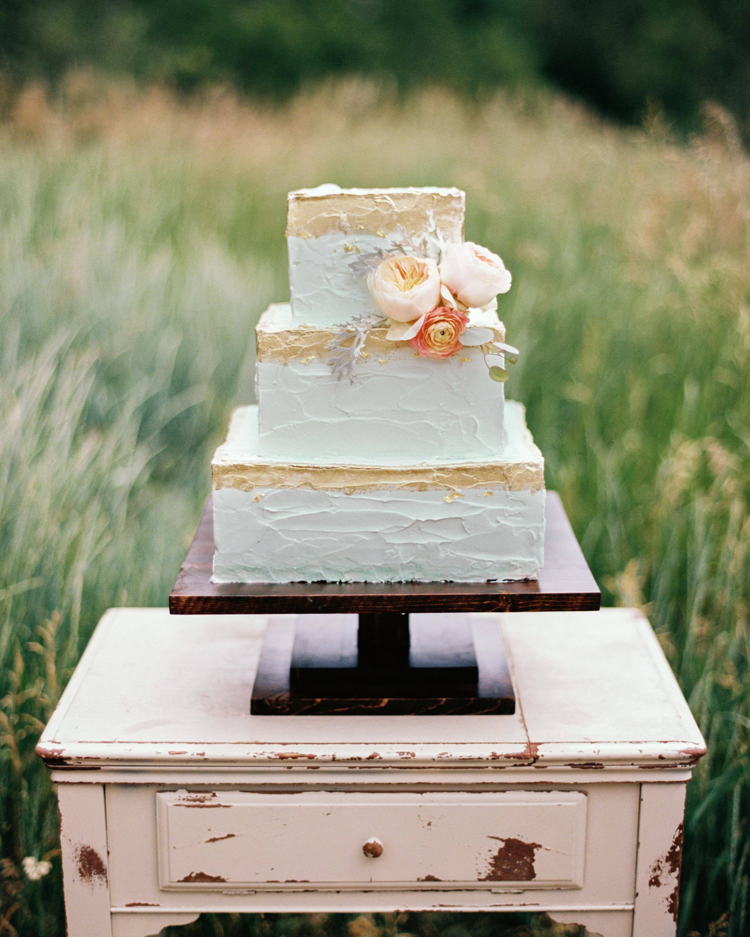 erin-jj-wedding-cake-21-s111742-0115.jpg