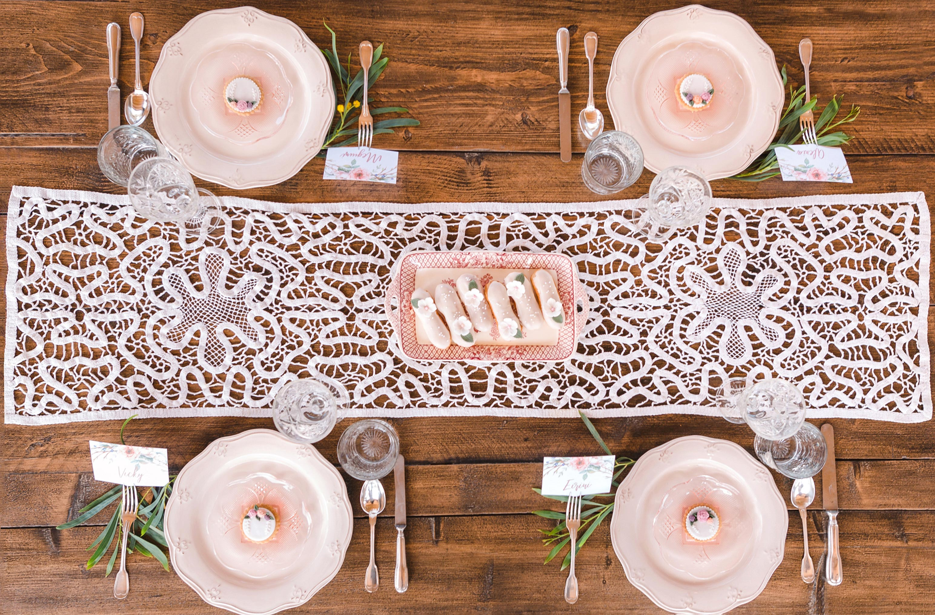 pink placesetting tablescape