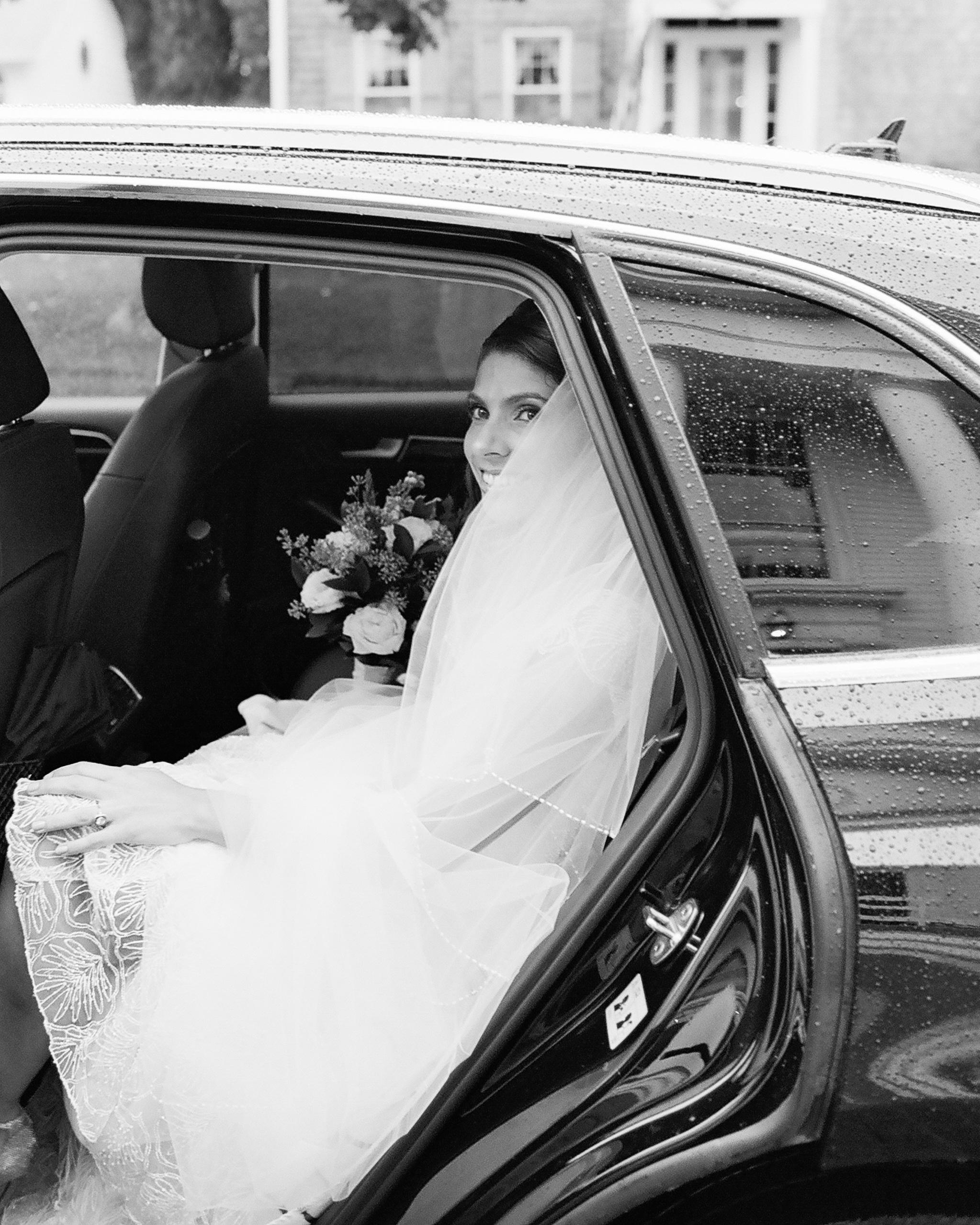 lindsay-garrett-wedding-car-0471-s111850-0415.jpg