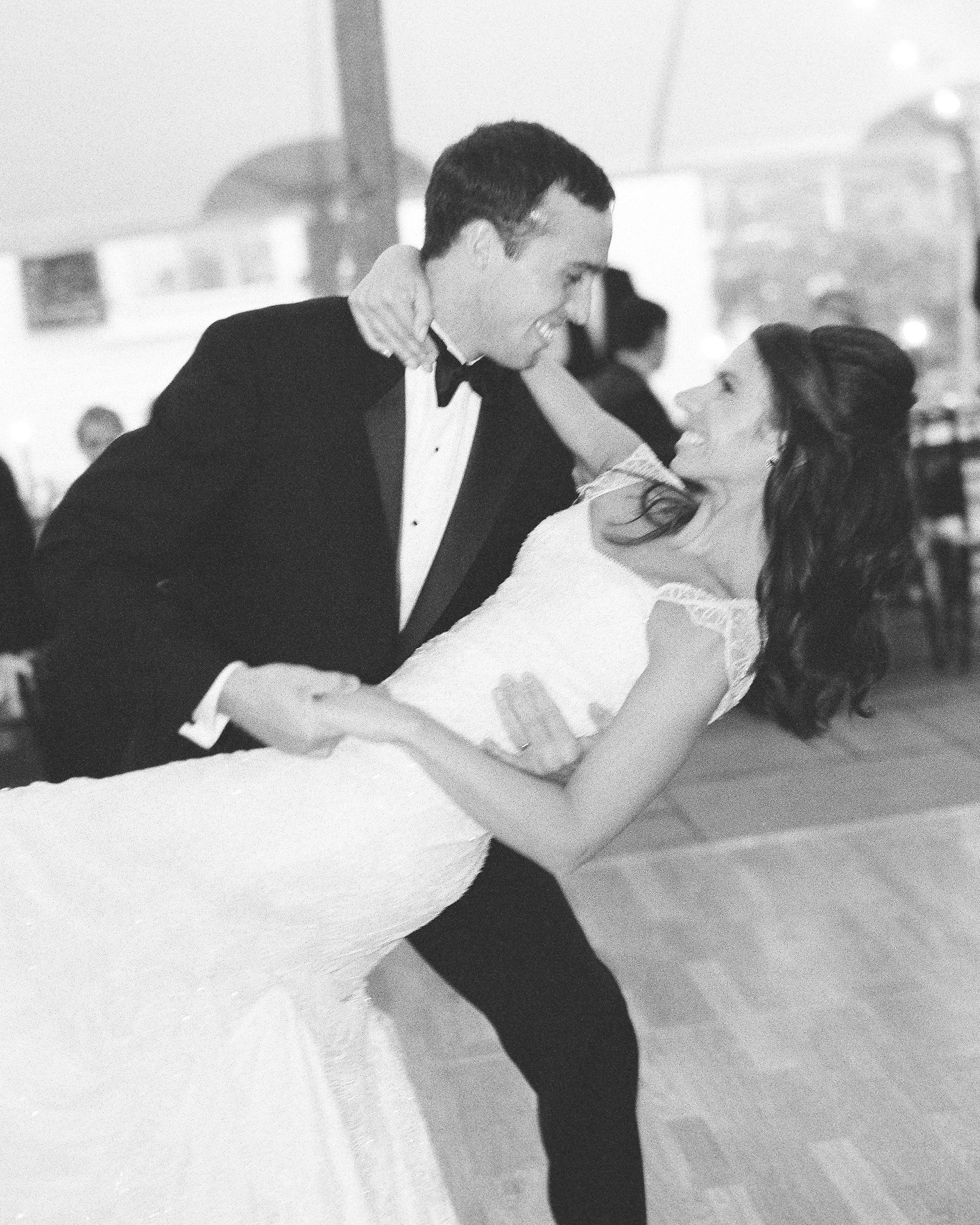 lindsay-garrett-wedding-dance-0949-s111850-0415.jpg
