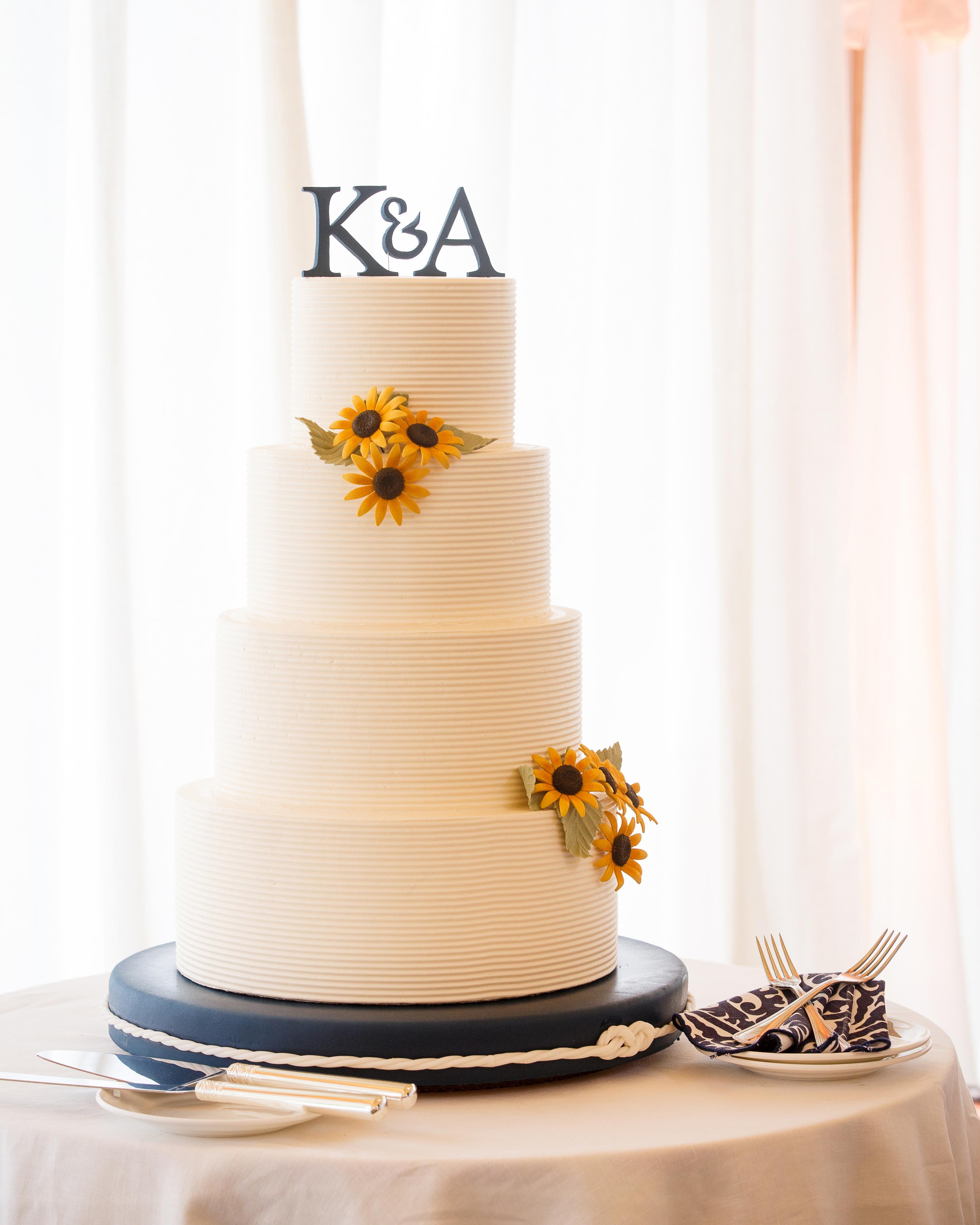 kristel-austin-wedding-cake-34-s11860-0415.jpg