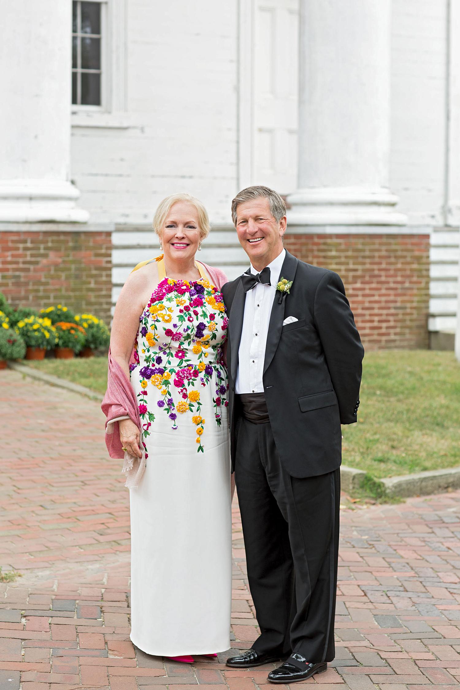 madelyn jon wedding parents portrait