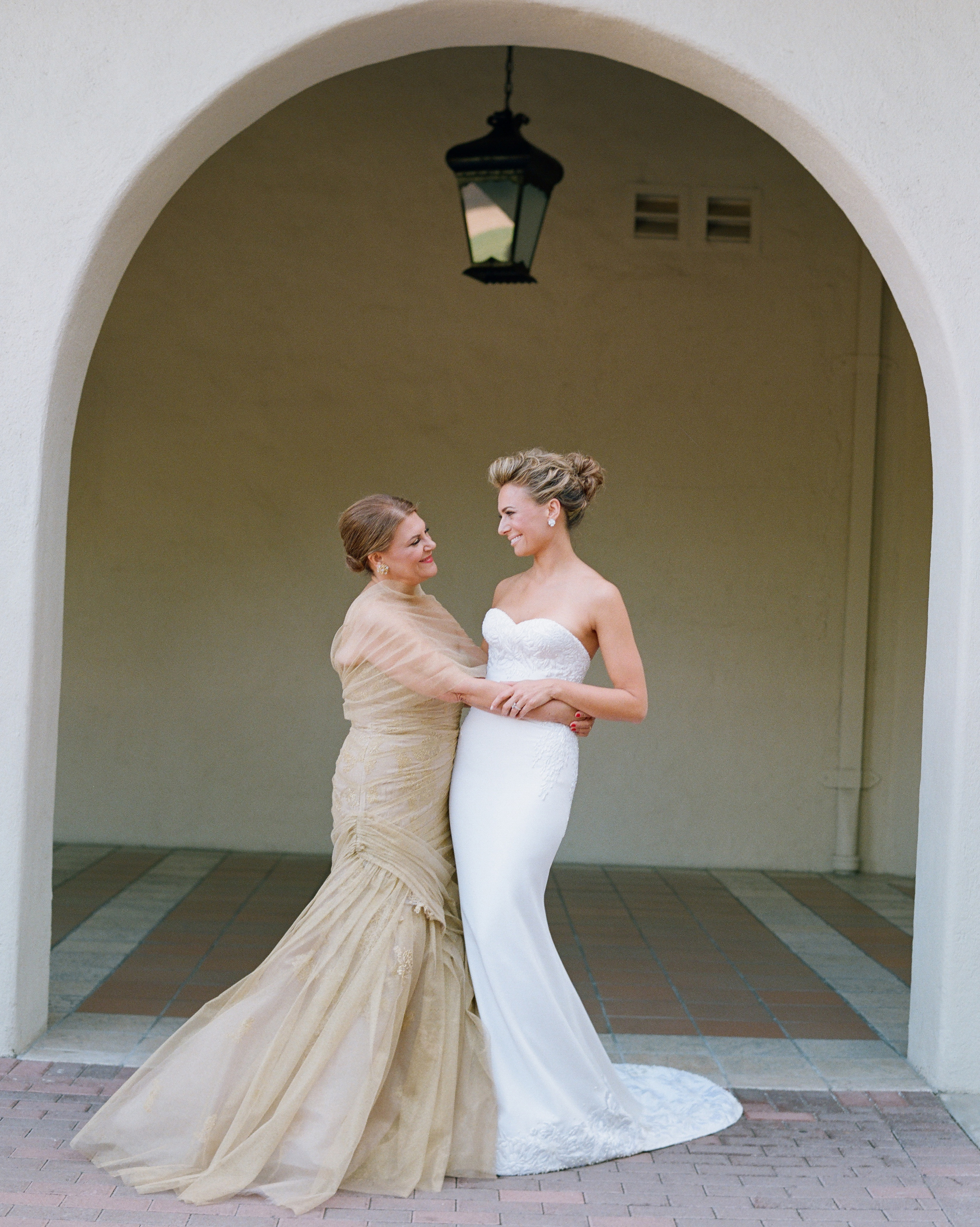 real-wedding-fall14-jojo-eric-174elizabeth-messina-ds111226-0814.jpg