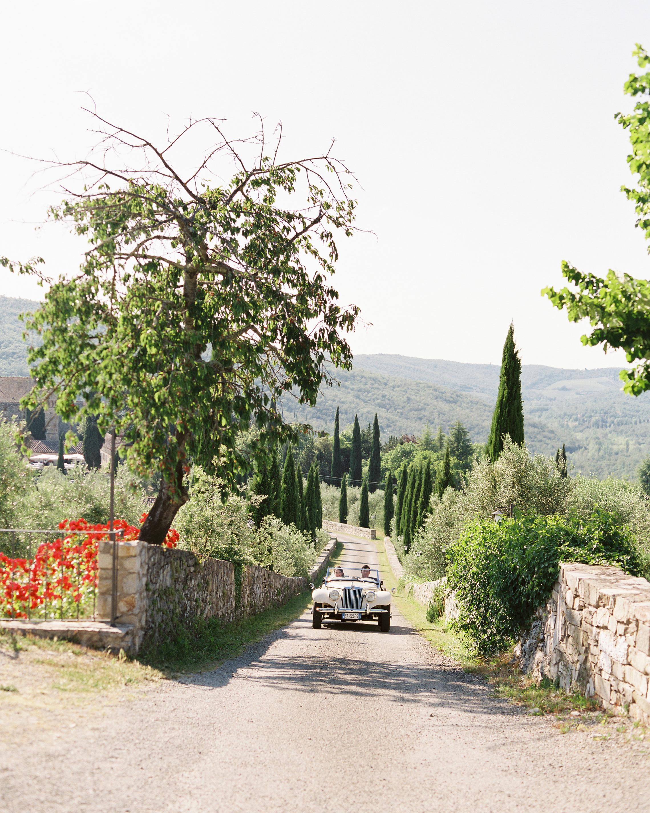 lauren-ollie-wedding-car-211-s111895-0515.jpg