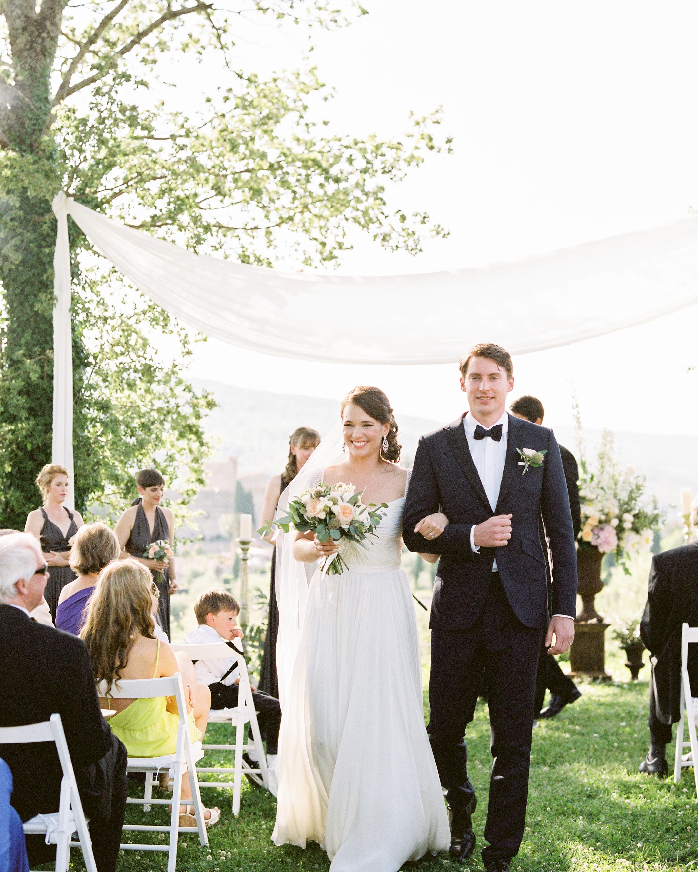 lauren-ollie-wedding-recessional-245-s111895-0515.jpg