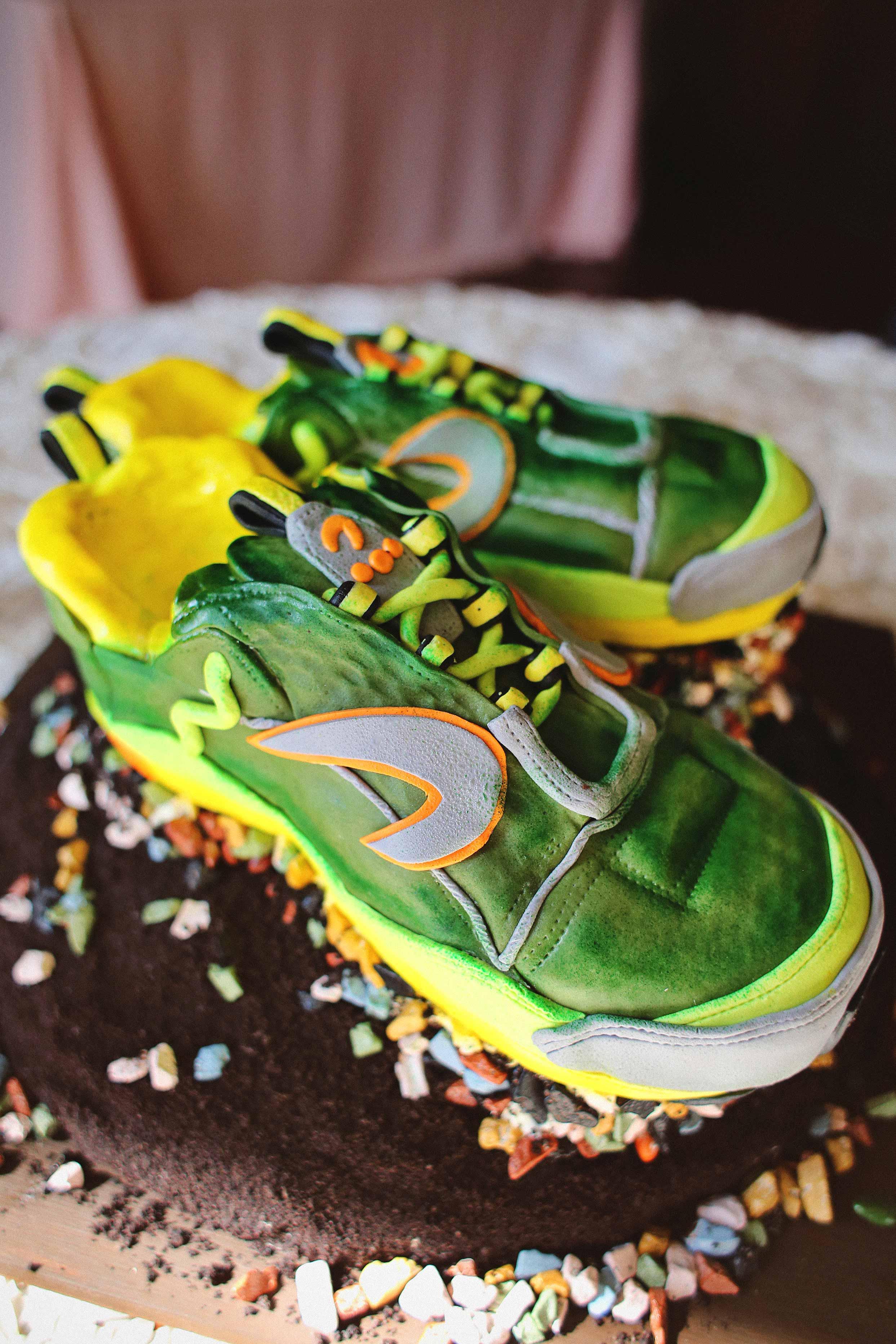shoe groom cake