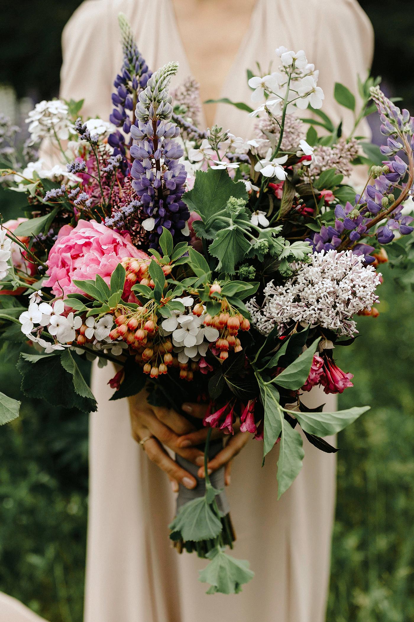 summer wedding bouquets lev kuperman