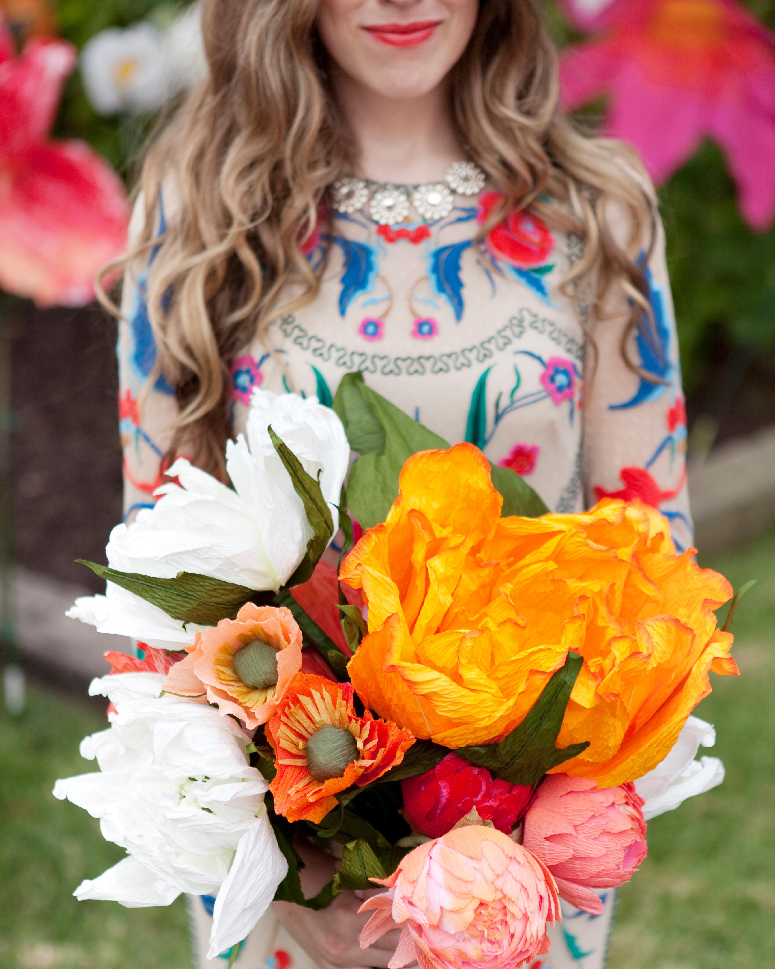 caitlin-tanner-wedding-nn-bouquet-0514.jpg