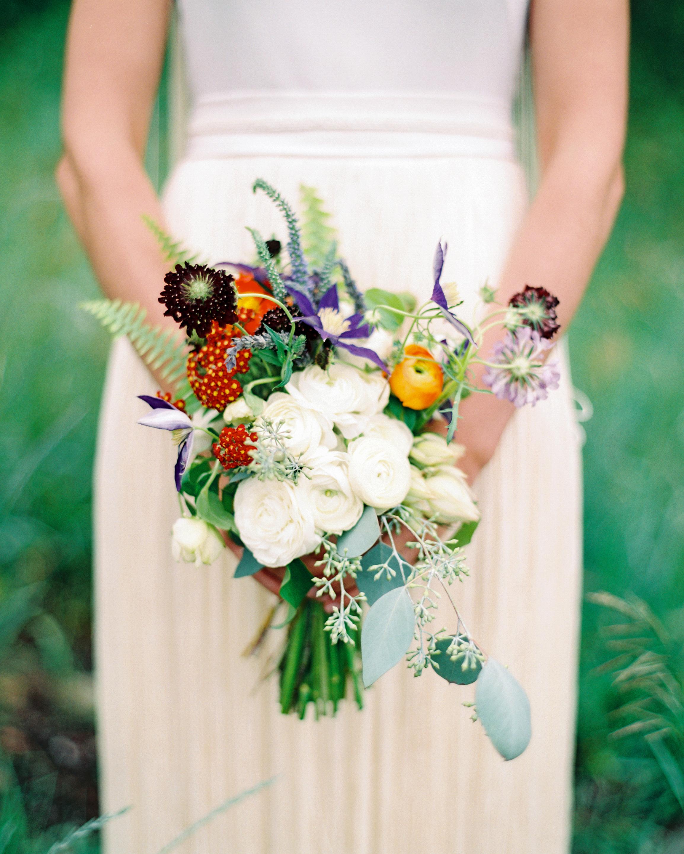 whitney-matt-wedding-bouquet-089-s111817-0215.jpg
