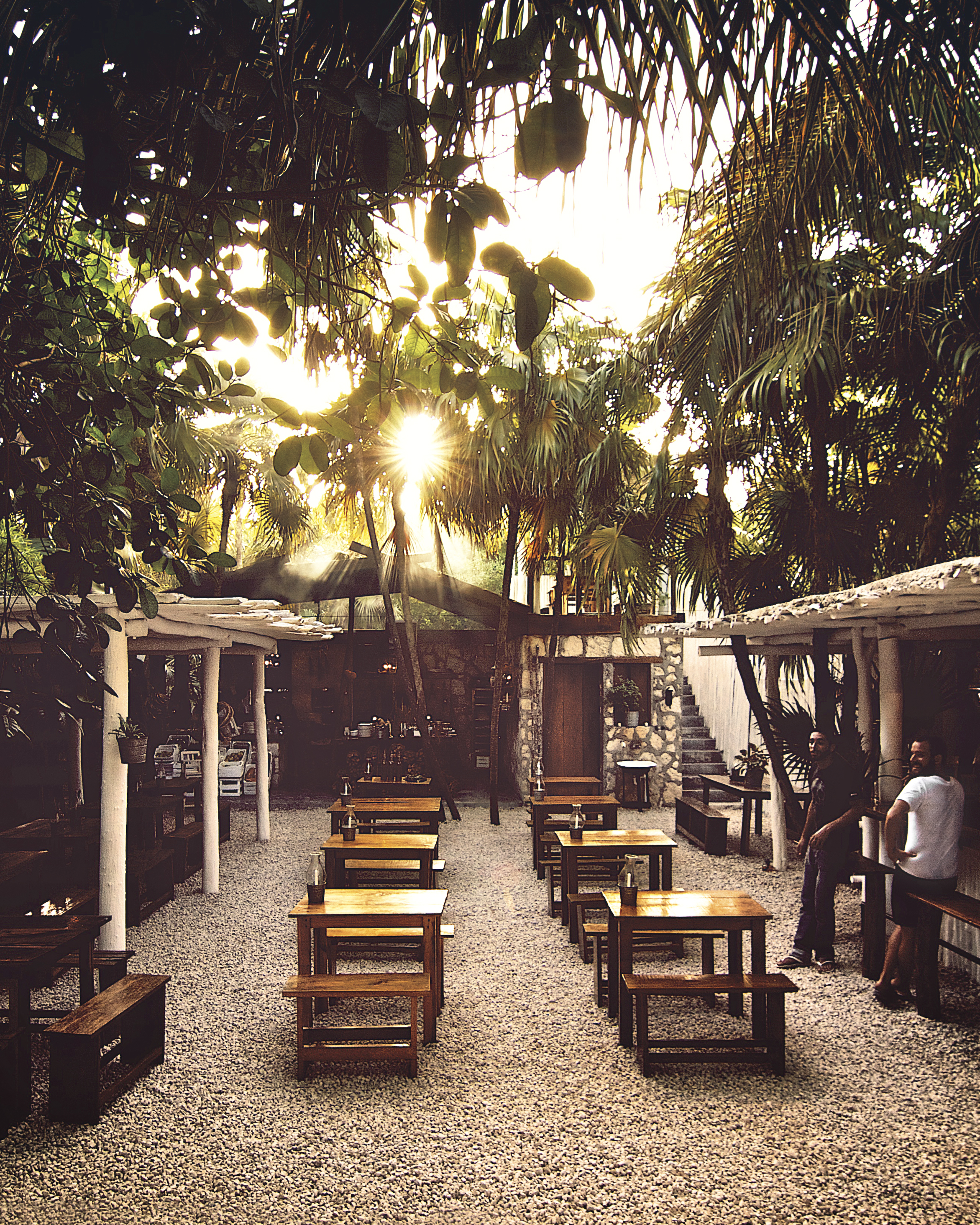outdoor-bar-img-3195-s112019.jpg