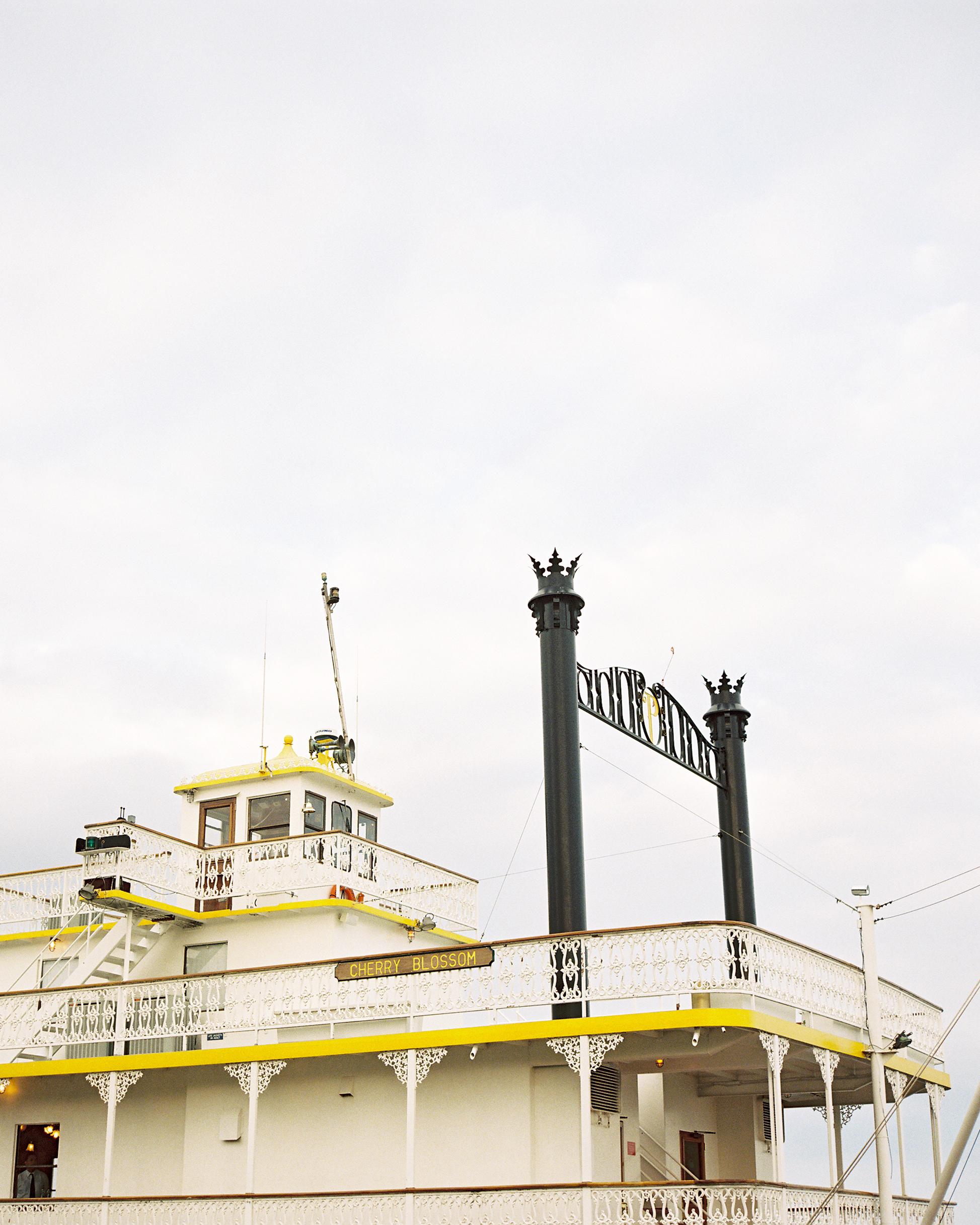 beth-scott-wedding-boat-0010-s112077-0715.jpg