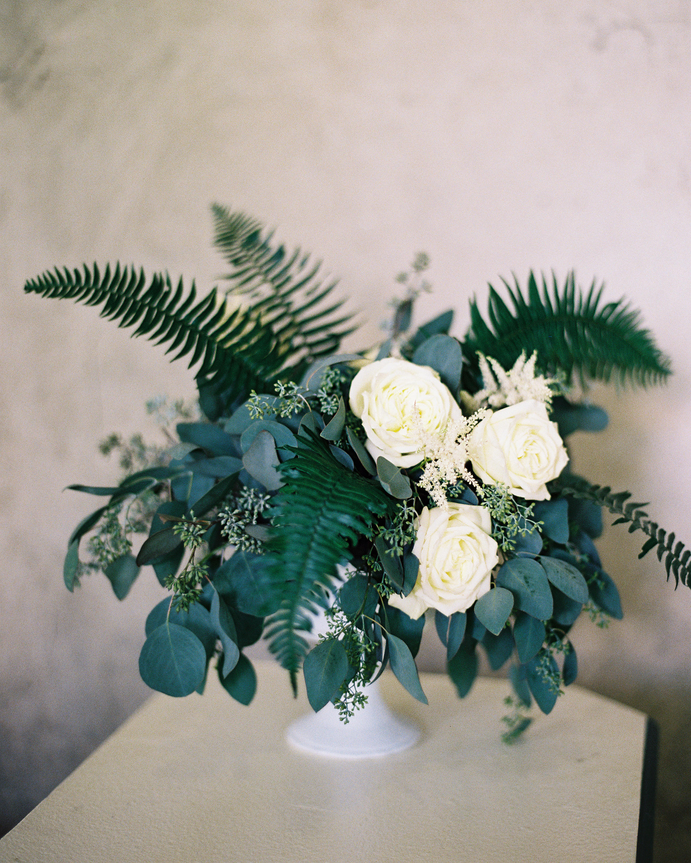 beth-scott-wedding-arrangement-0646-s112077-0715.jpg
