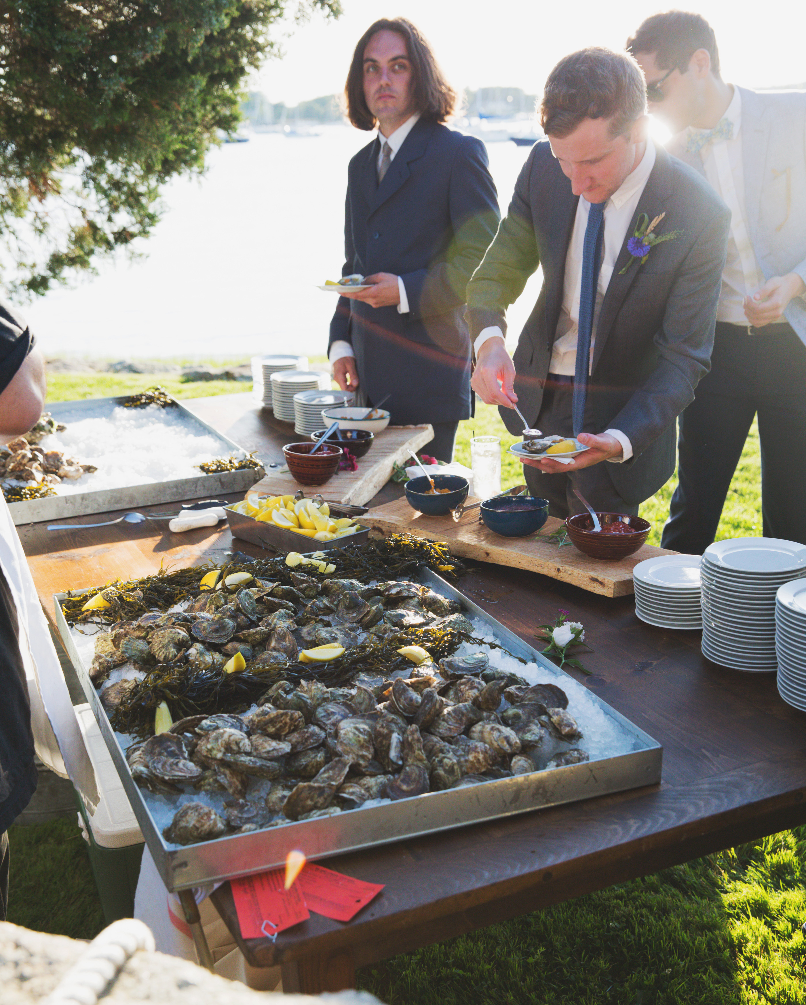 lilly-carter-wedding-oysters-00467-s112037-0715.jpg