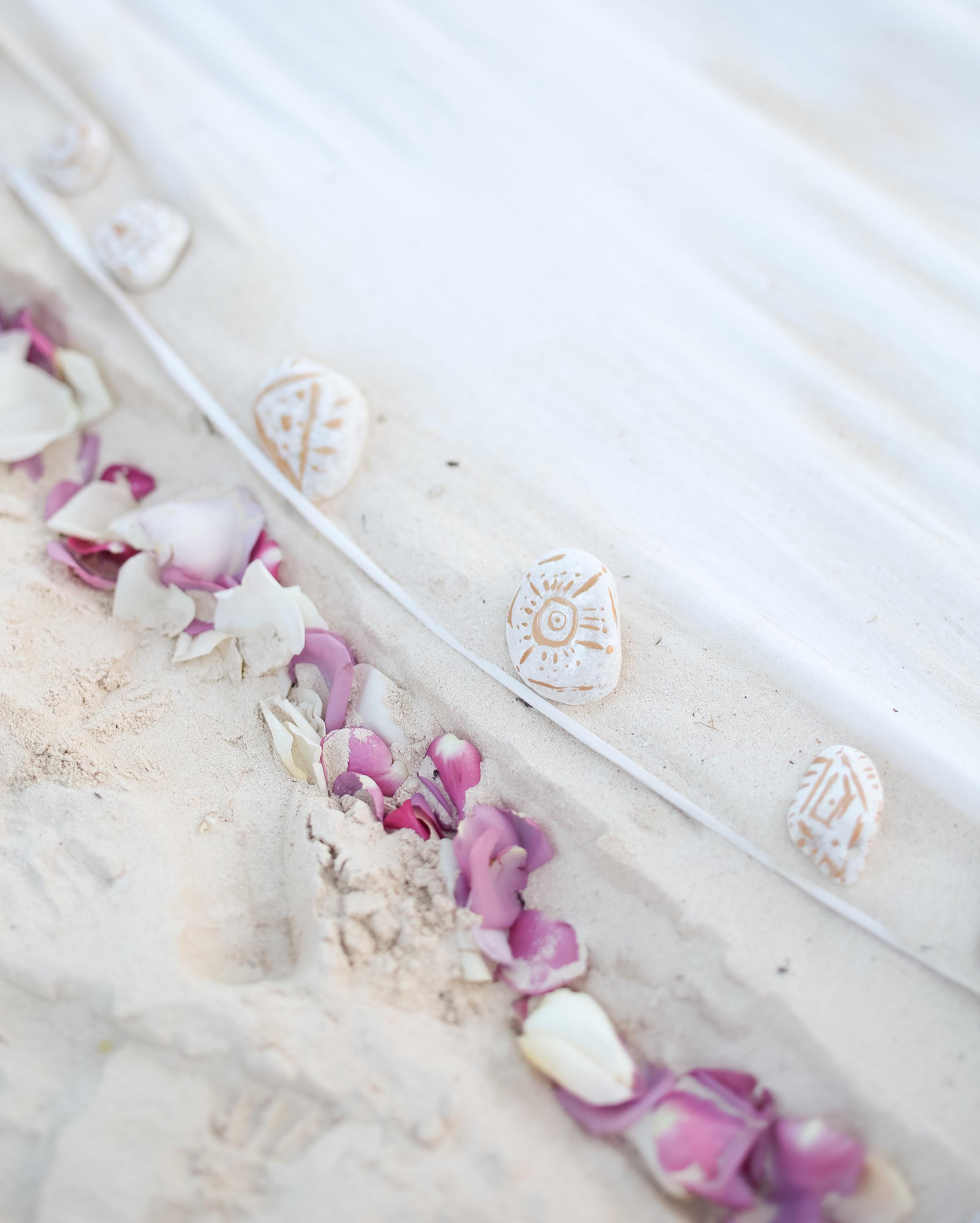 olivia-keith-wedding-aisle-75-s112304-0815.jpg