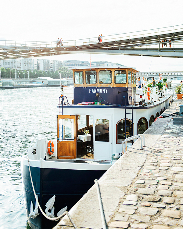 katie-mitchell-photography-where-to-propose-in-paris-seine-boat-cruise-0815.jpg